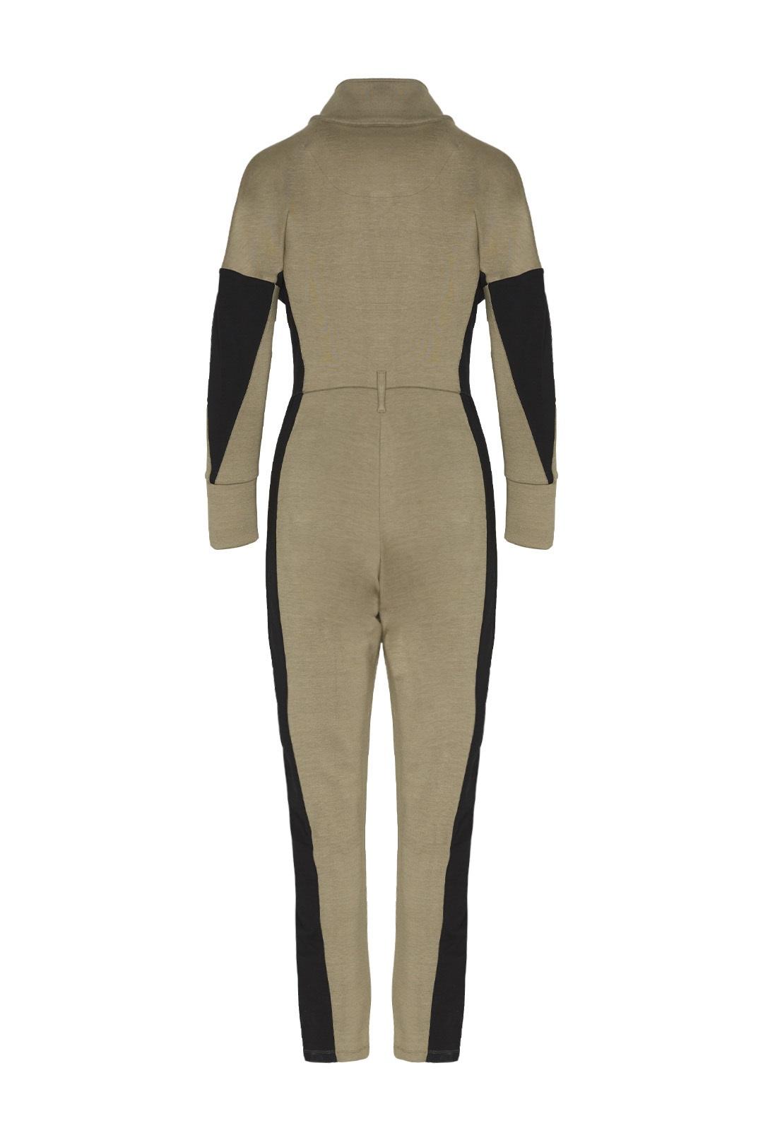 Interlock jumpsuit with flared sleeves   2