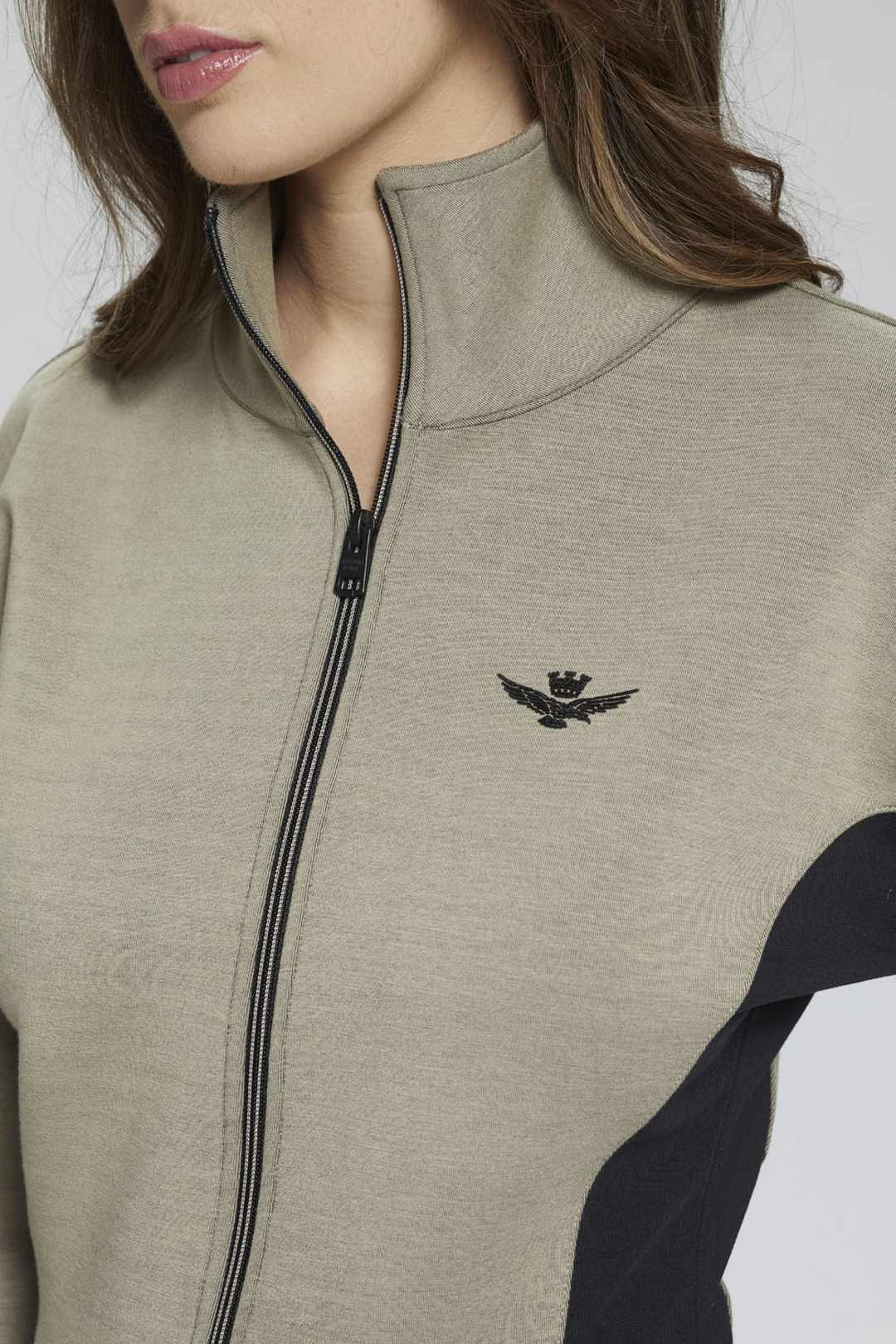Interlock jumpsuit with flared sleeves   6