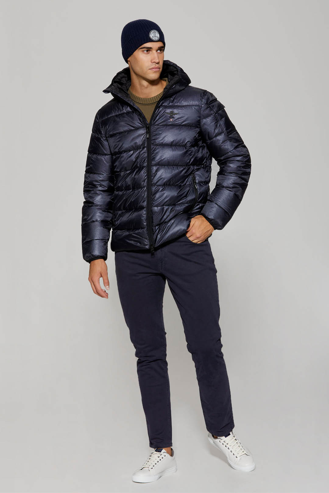 Padded jacket with ripstop fabric        4