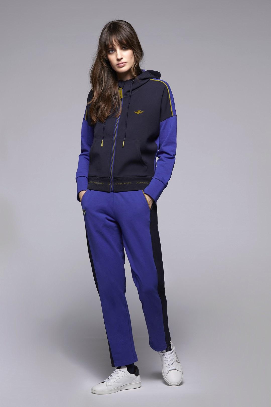 Sweatshirt mit Reißverschluss und Kapuze 4