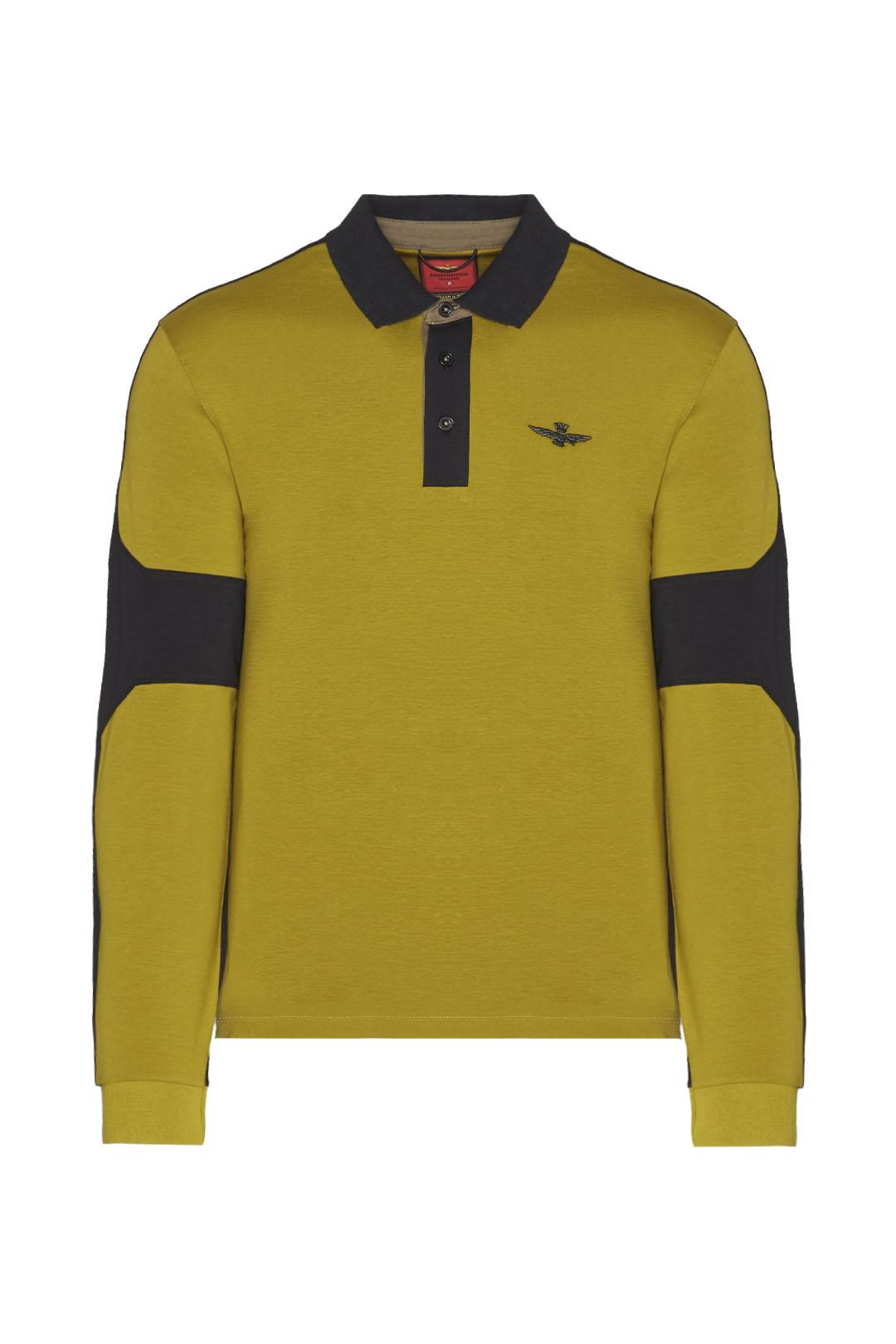 Polo avec détails en contraste couleur   1