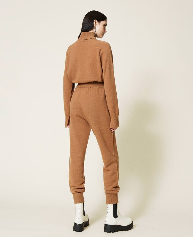 SHOPPING ON LINE TWINSET MILANO PANTALONE JOGGERS IN LANA E CASHMERE NEW COLLECTION PREVIEW FALL WINTER 2022-2