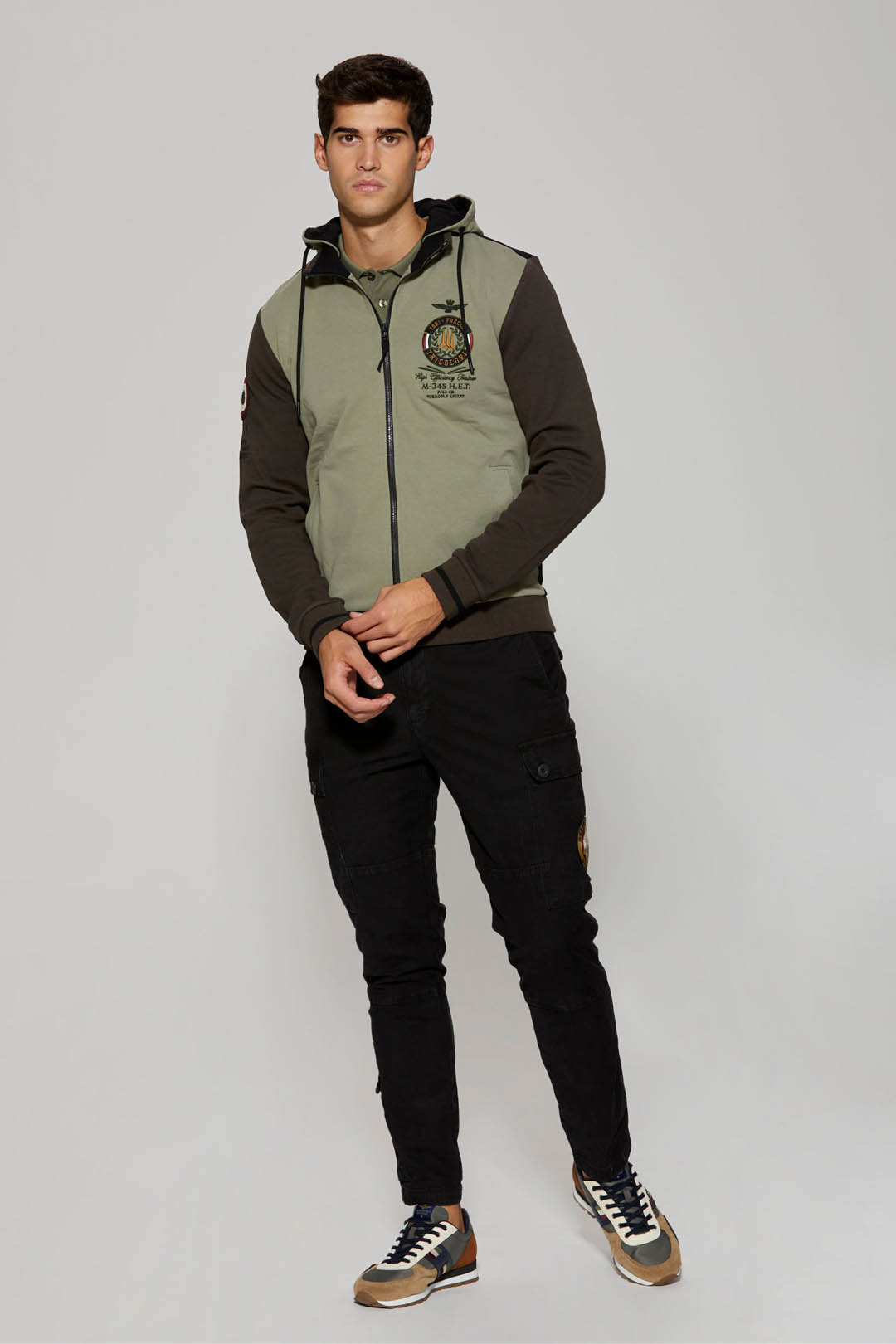 Stretch sweatshirt with removable hood   4
