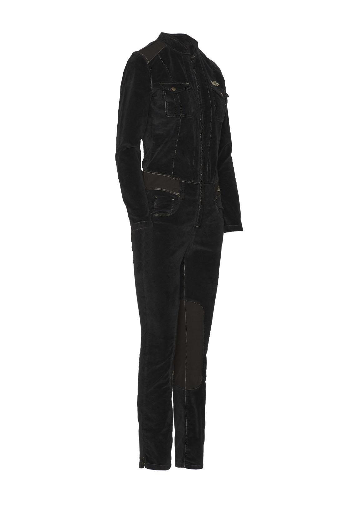 Anzug aus Samt                           3