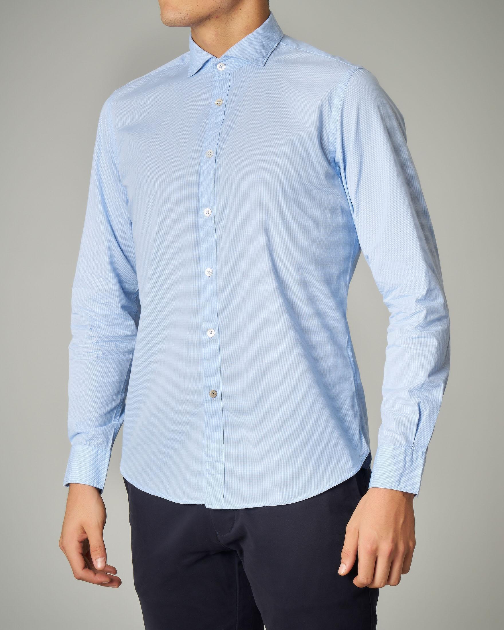 Camicia azzurra in tinta unita