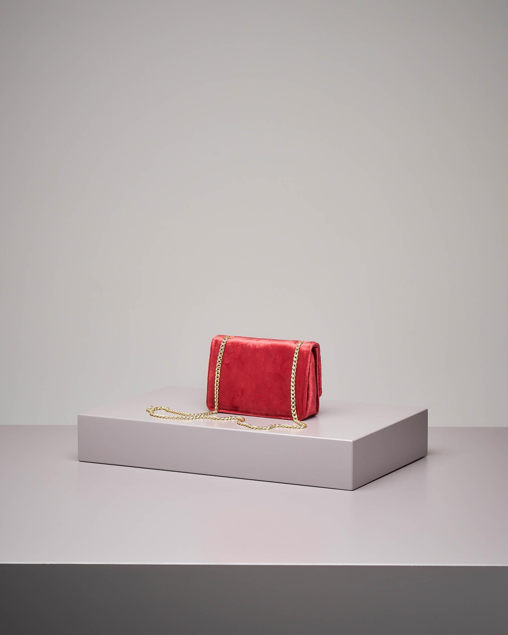 Borsa rossa velluto e borchie