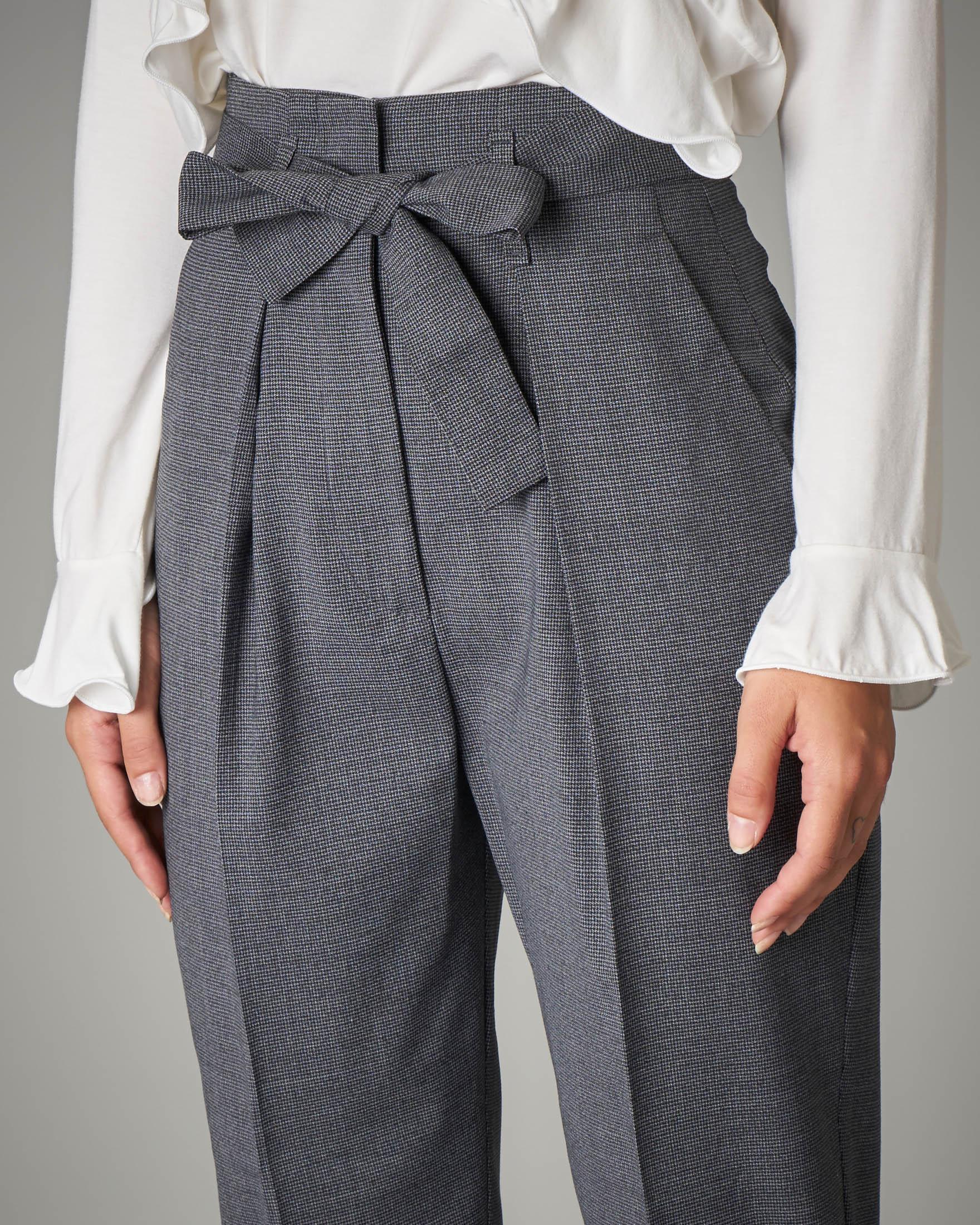 Pantalone in principe di galles con fusciacca