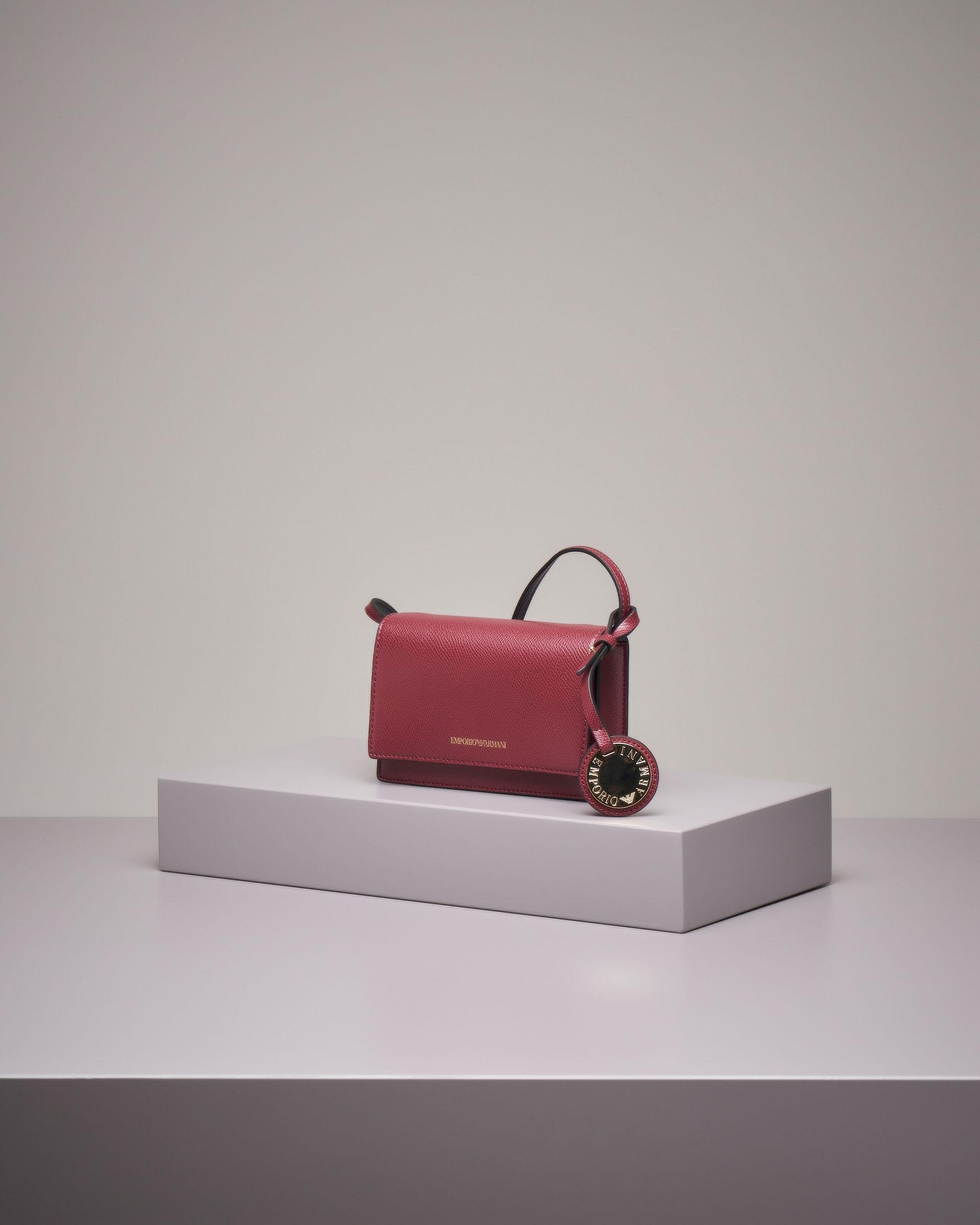 Cross bag bordeaux con patta