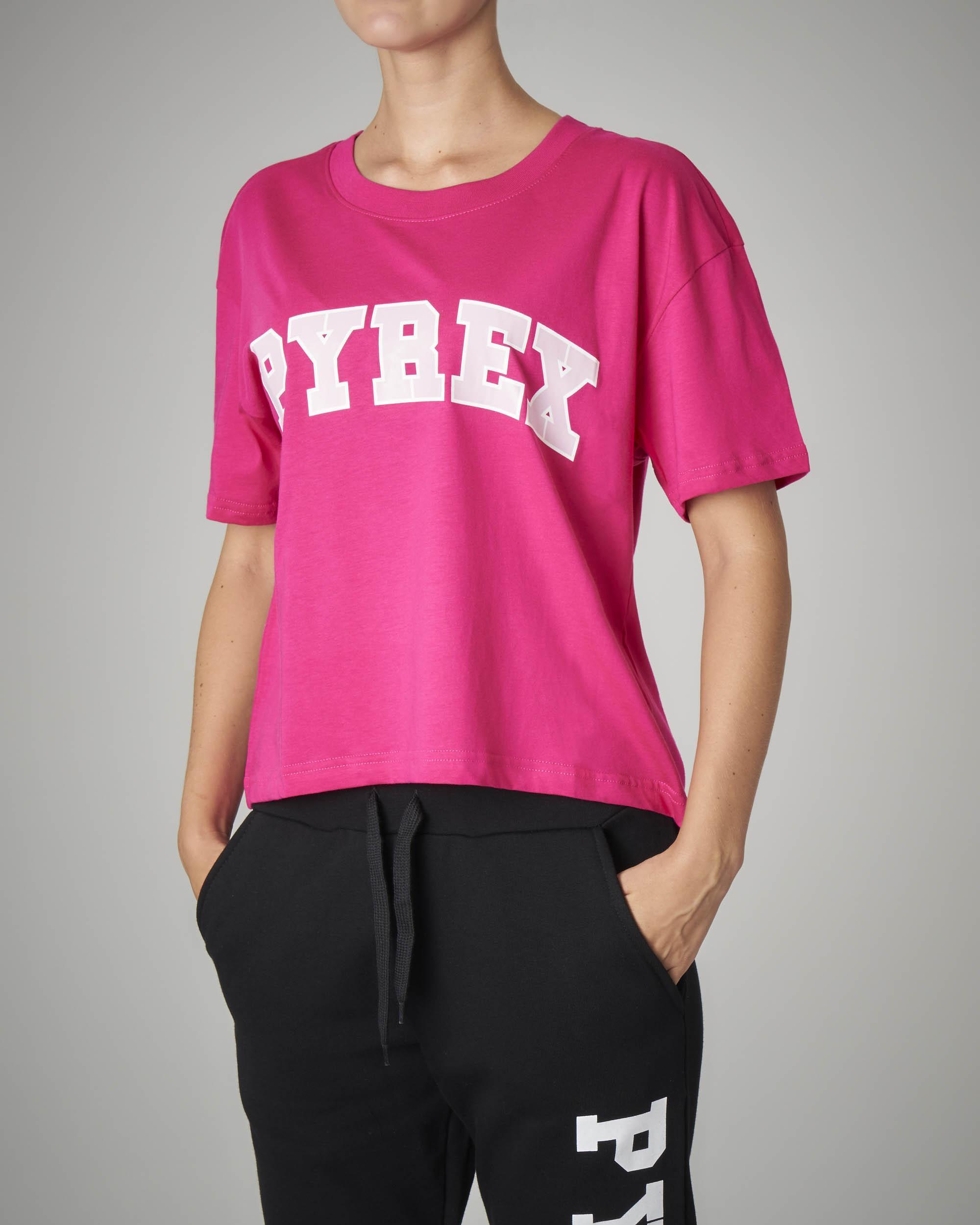 T-shirt crop fucsia con logo