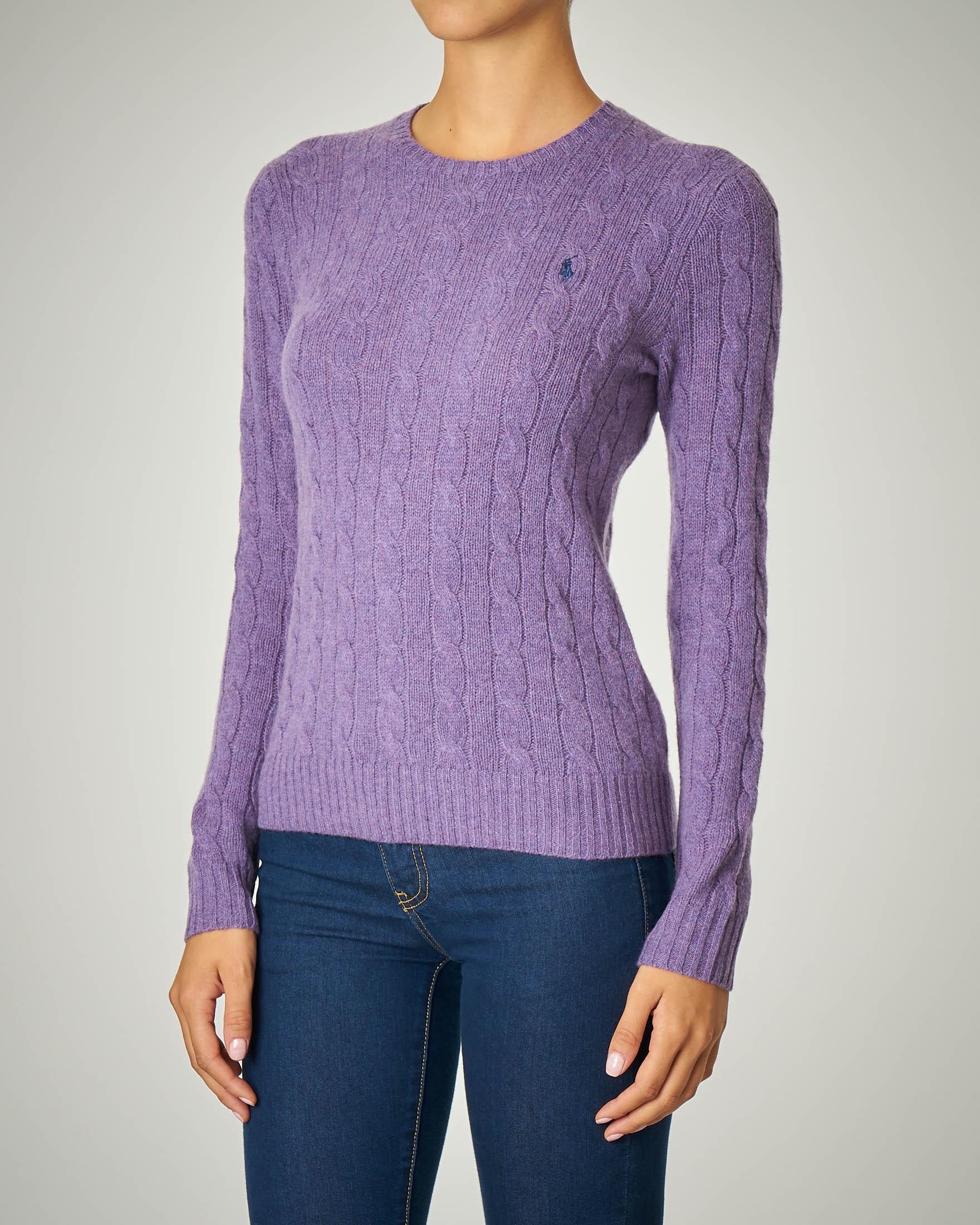 Maglia a trecce in lana color lilla