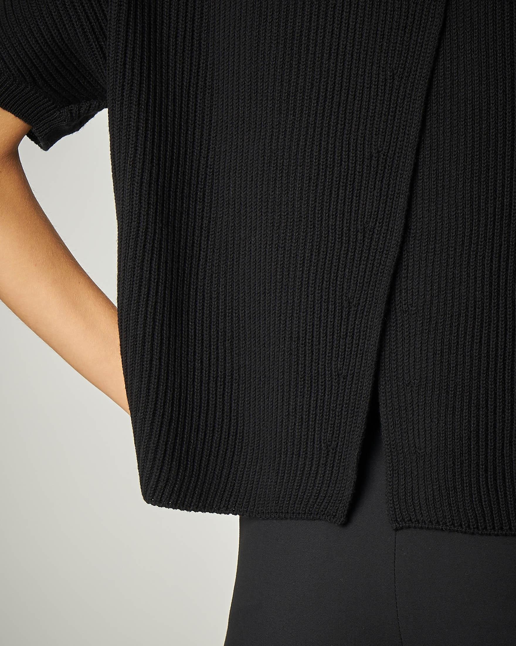 Maglia a coste in cotone e lana.