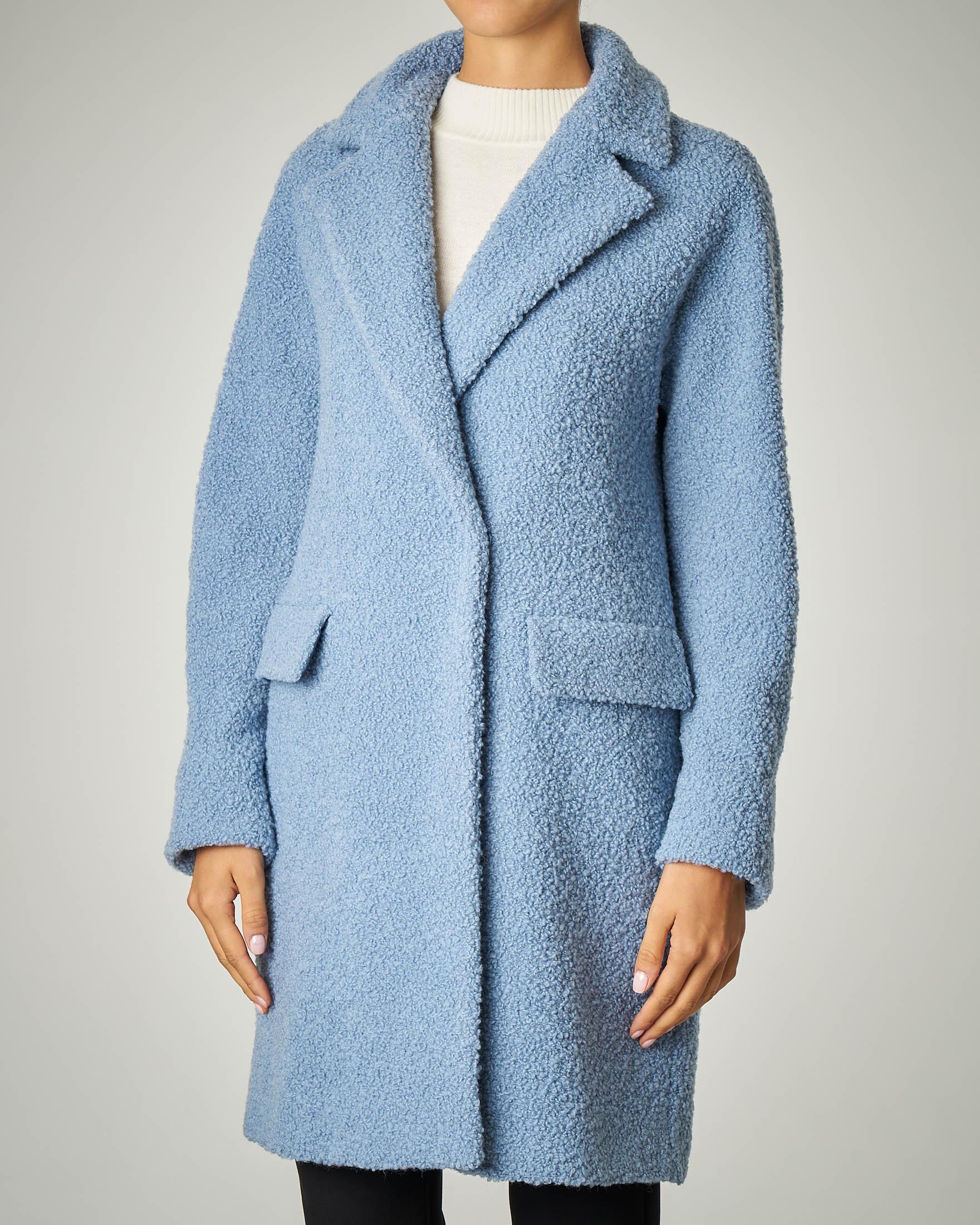 Cappotto azzurro bouclé