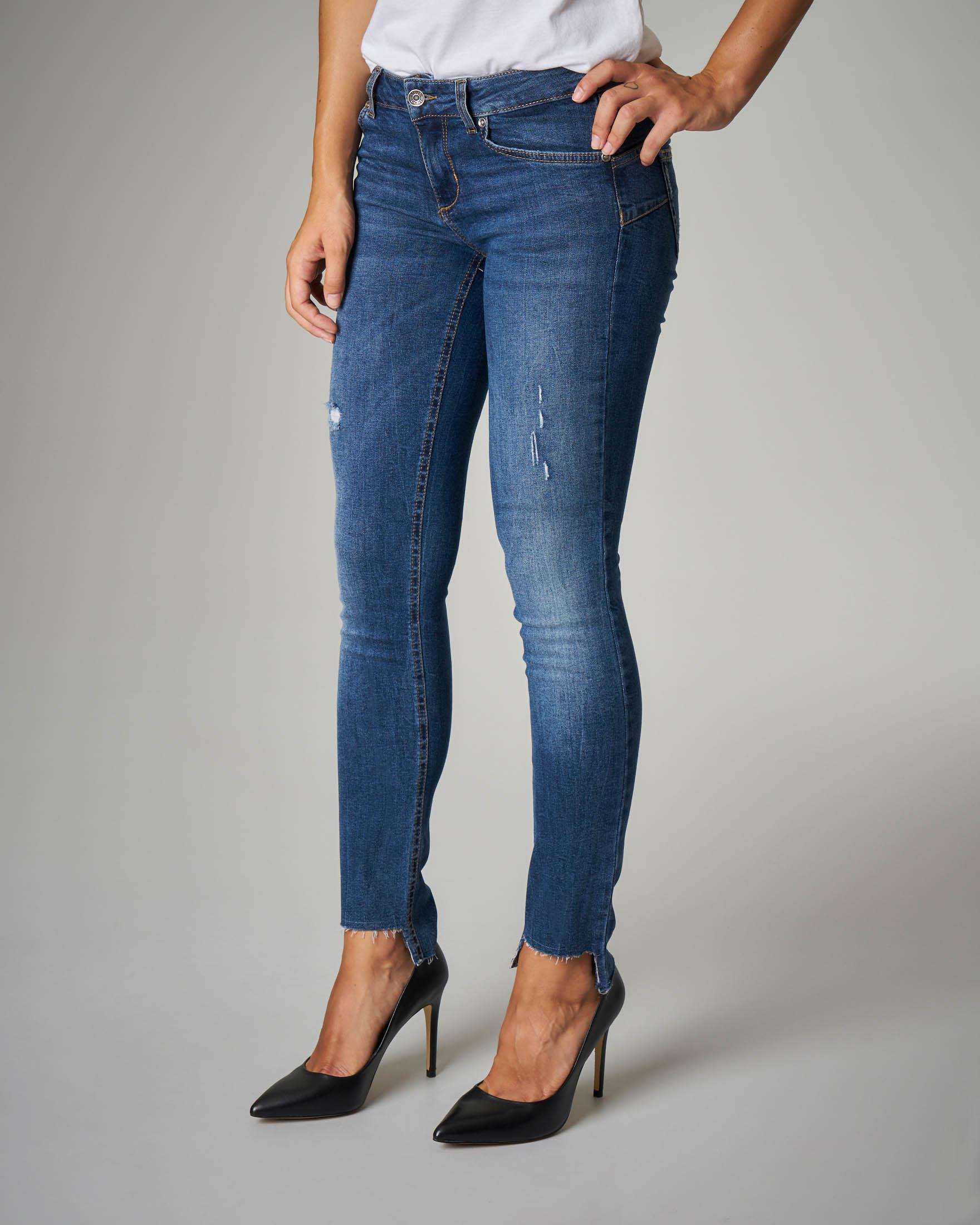 Jeans Bottom Up blu con orli irregolari