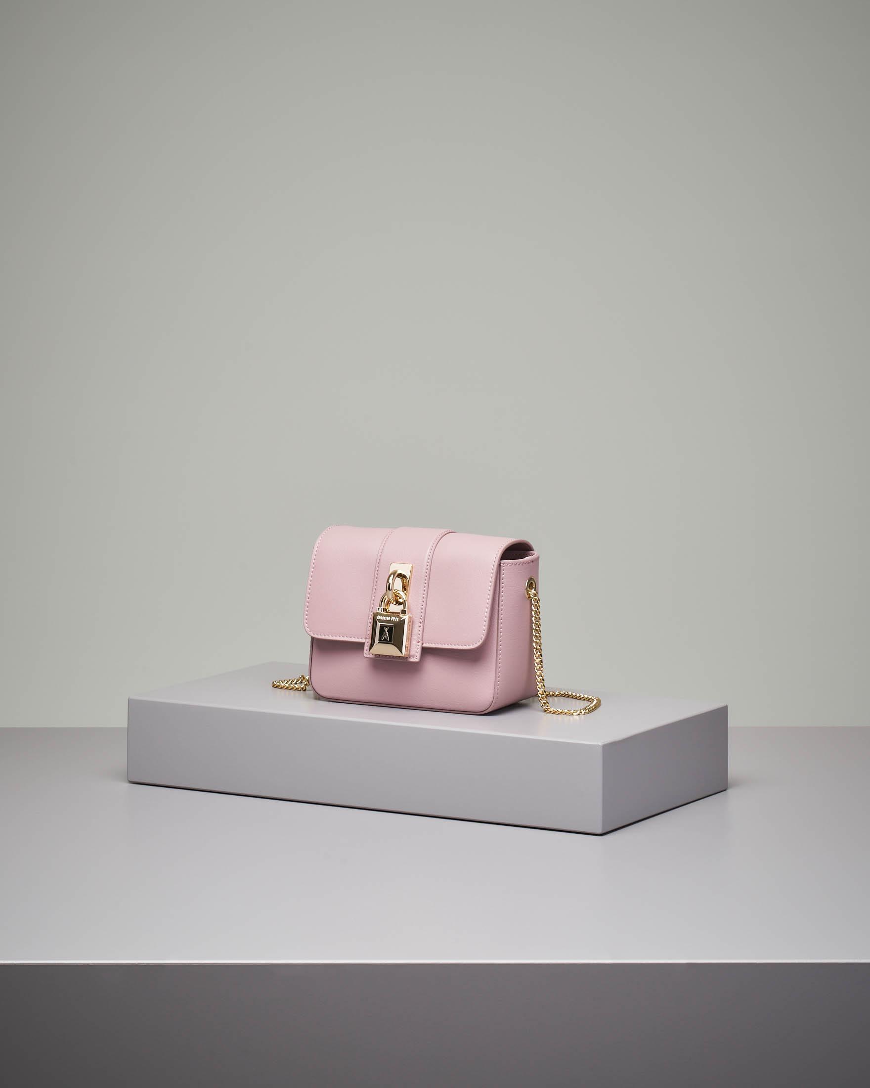 Cross bag mini in pelle rosa con catena