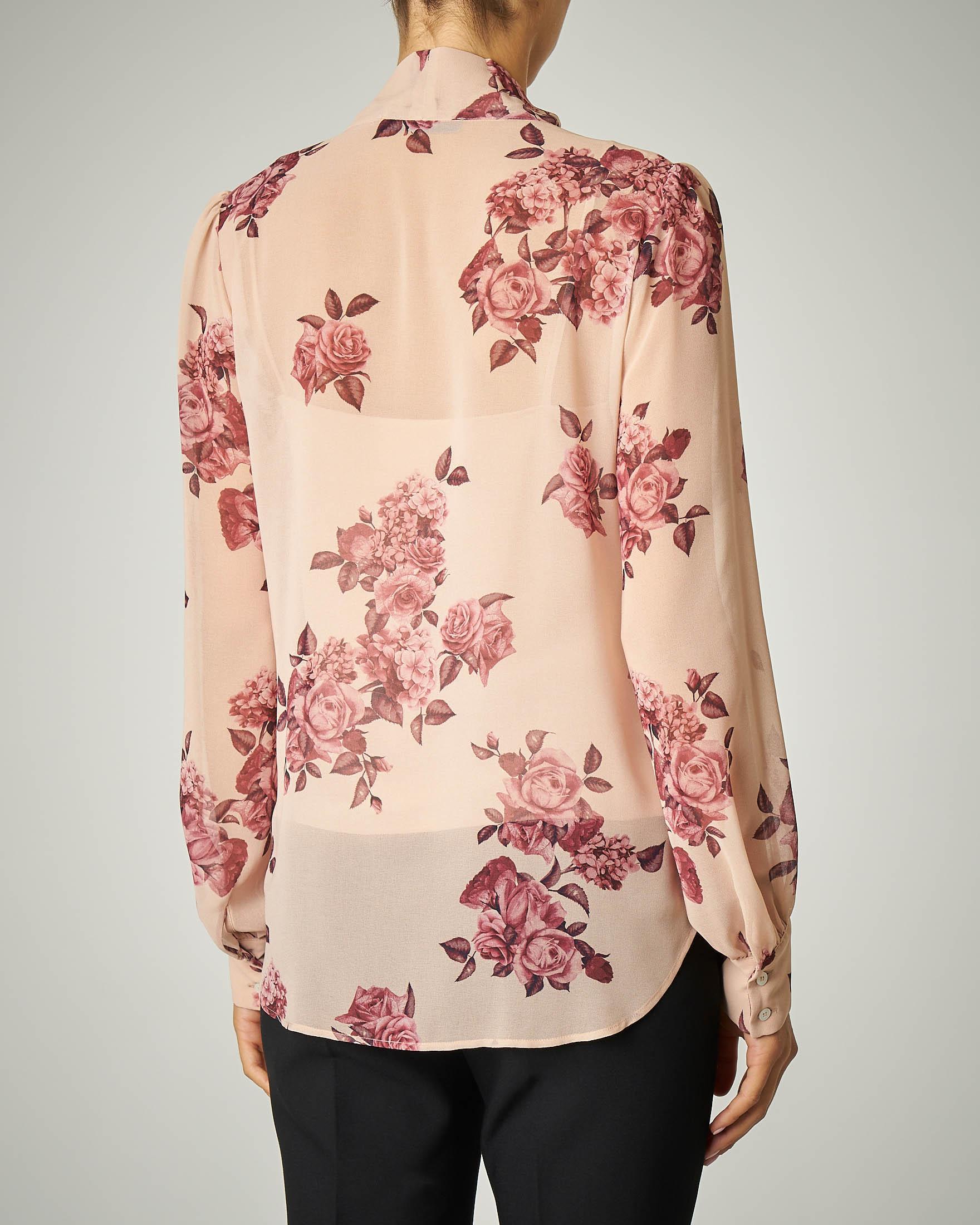 Camicia beige con fiocco stampa rose