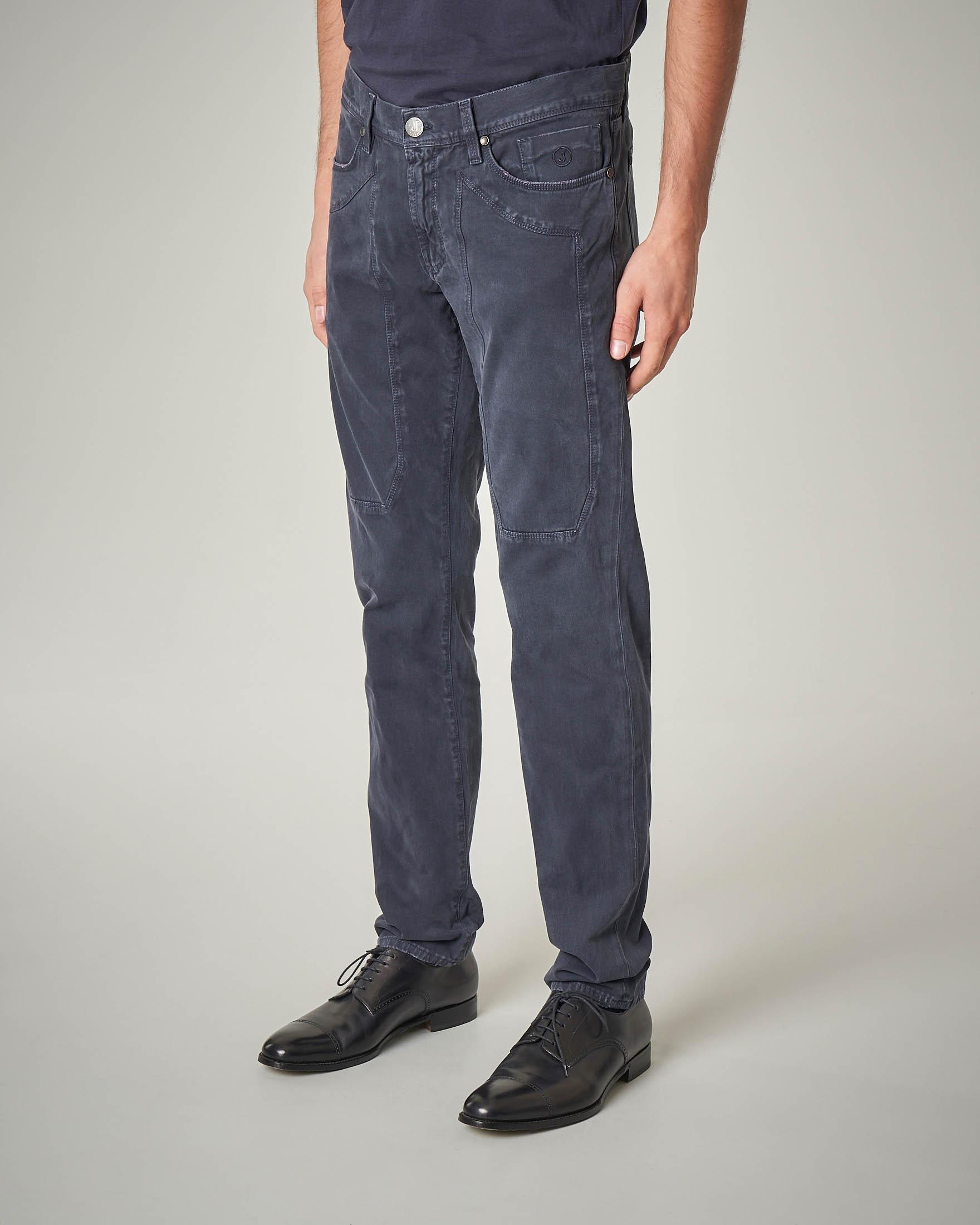Pantalone cinque tasche blu con toppa