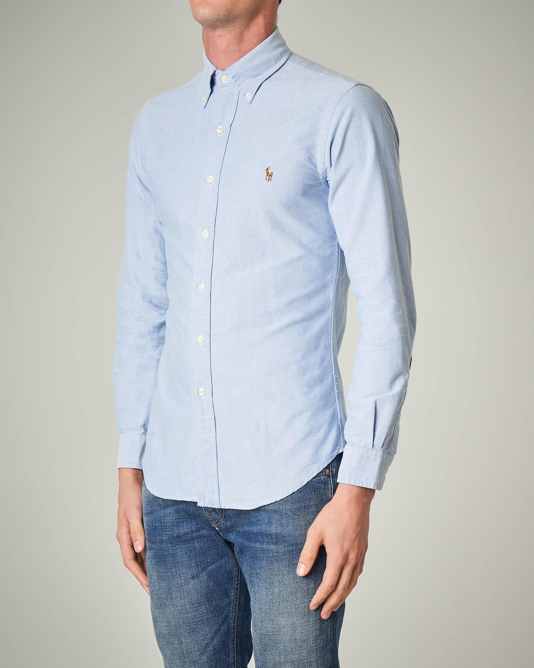 Camicia azzurra in oxford button down