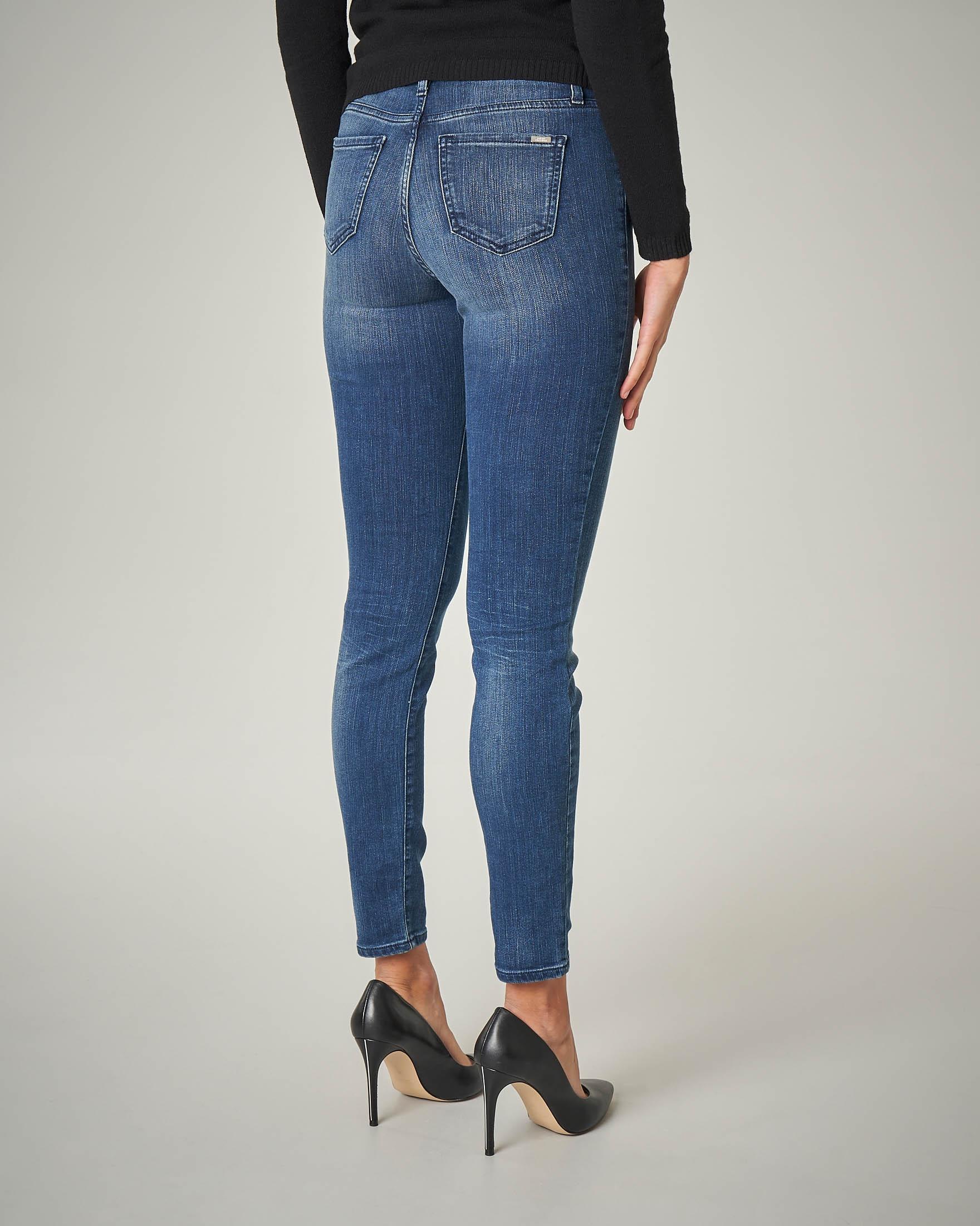 Jeans skinny blu con bottoni