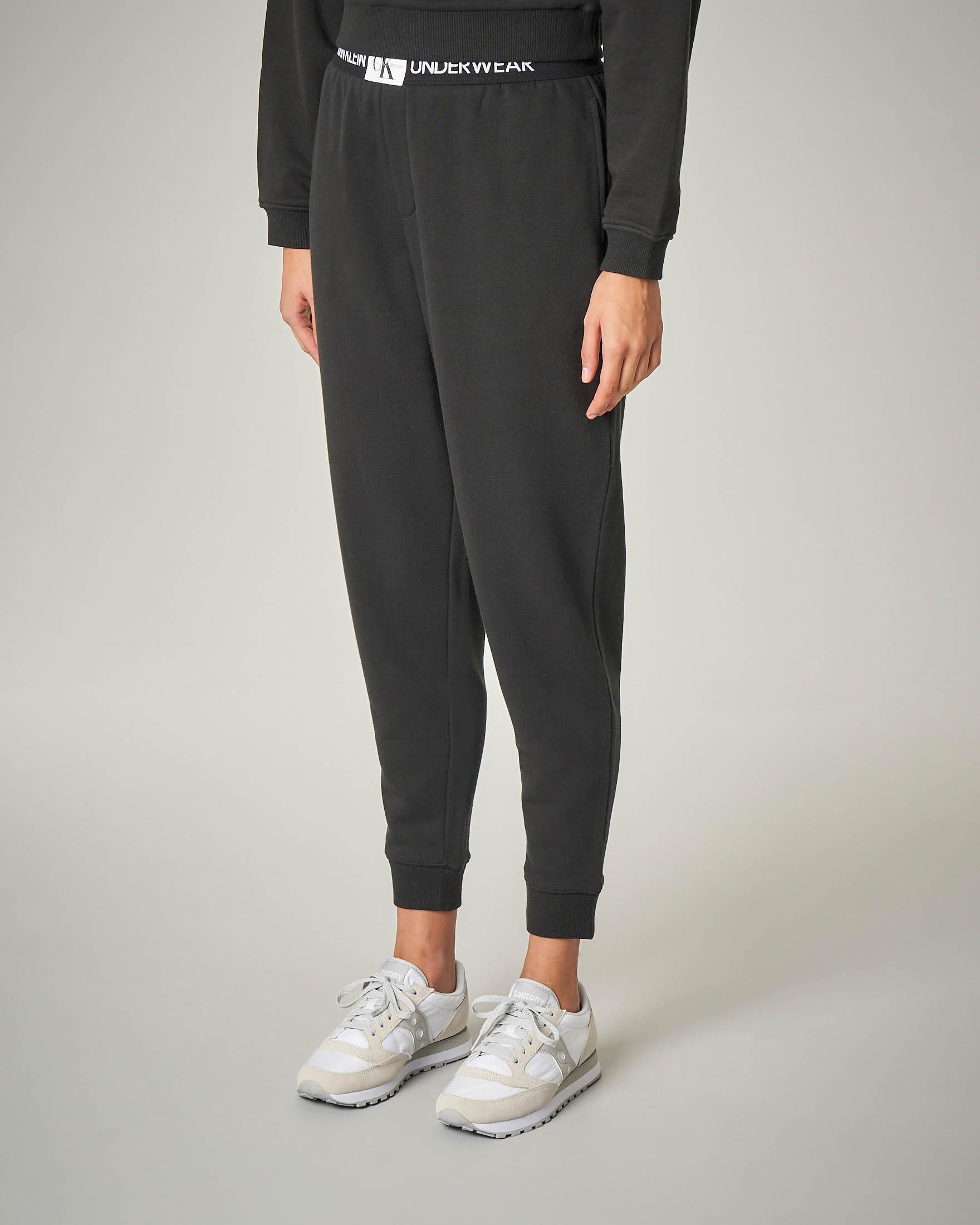 Pantaloni tuta in cotone neri con fascia elastica con logo