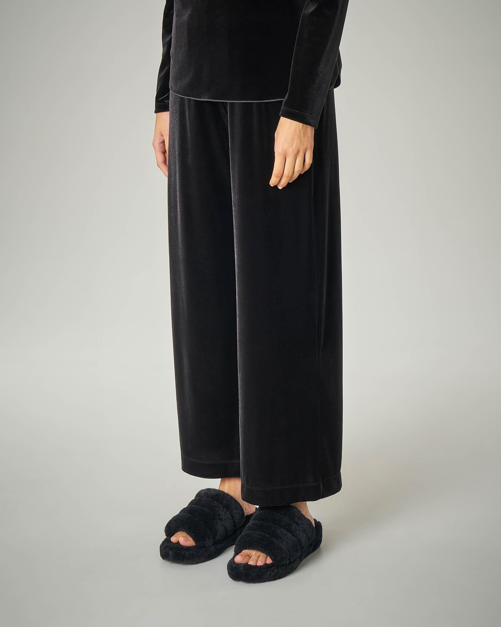 Pantalone palazzo nero in velluto