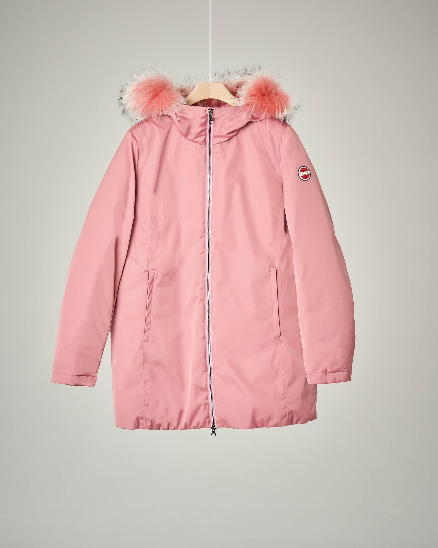 Cappotto rosa con cappuccio pelliccia