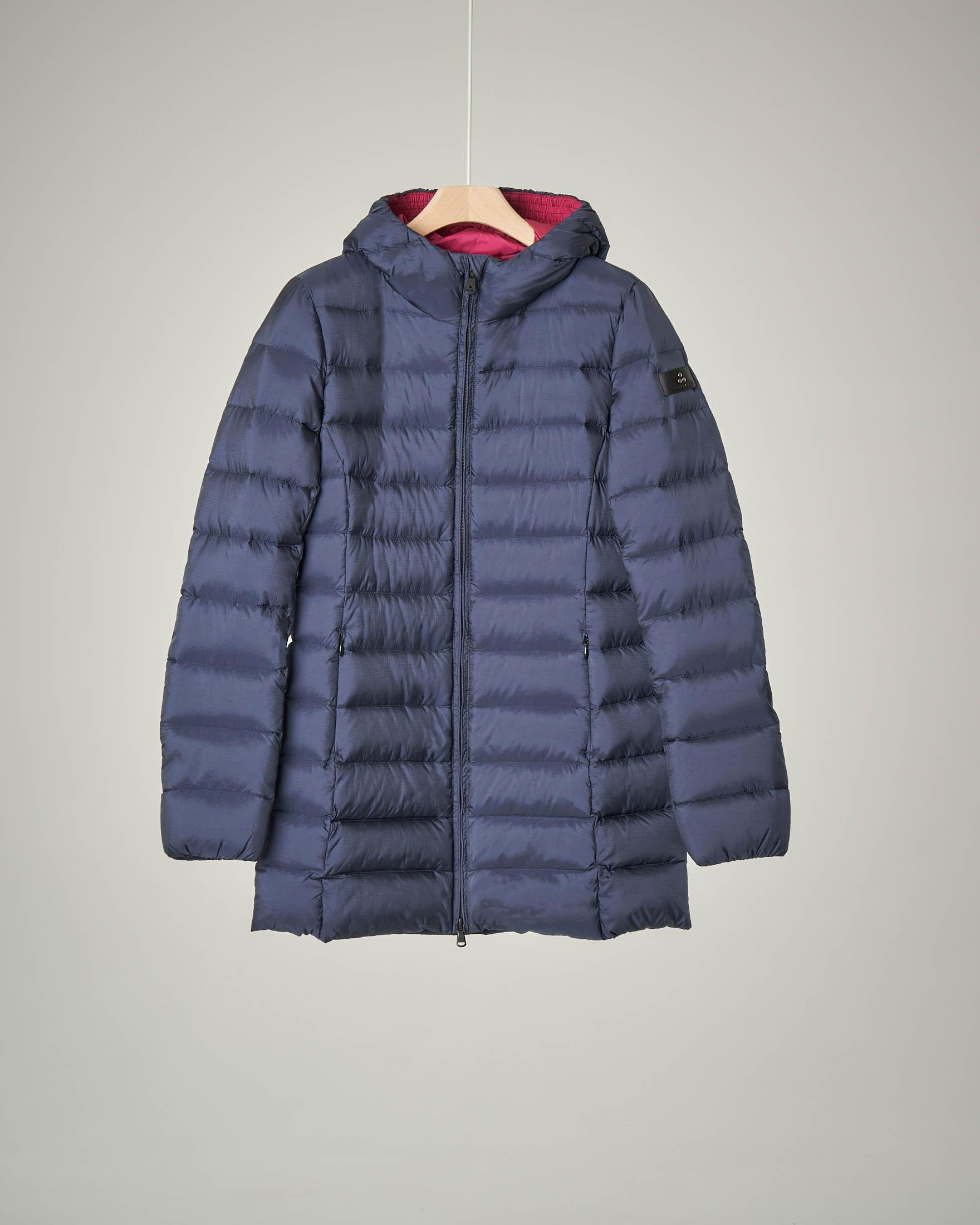 Cappotto blu con cappuccio