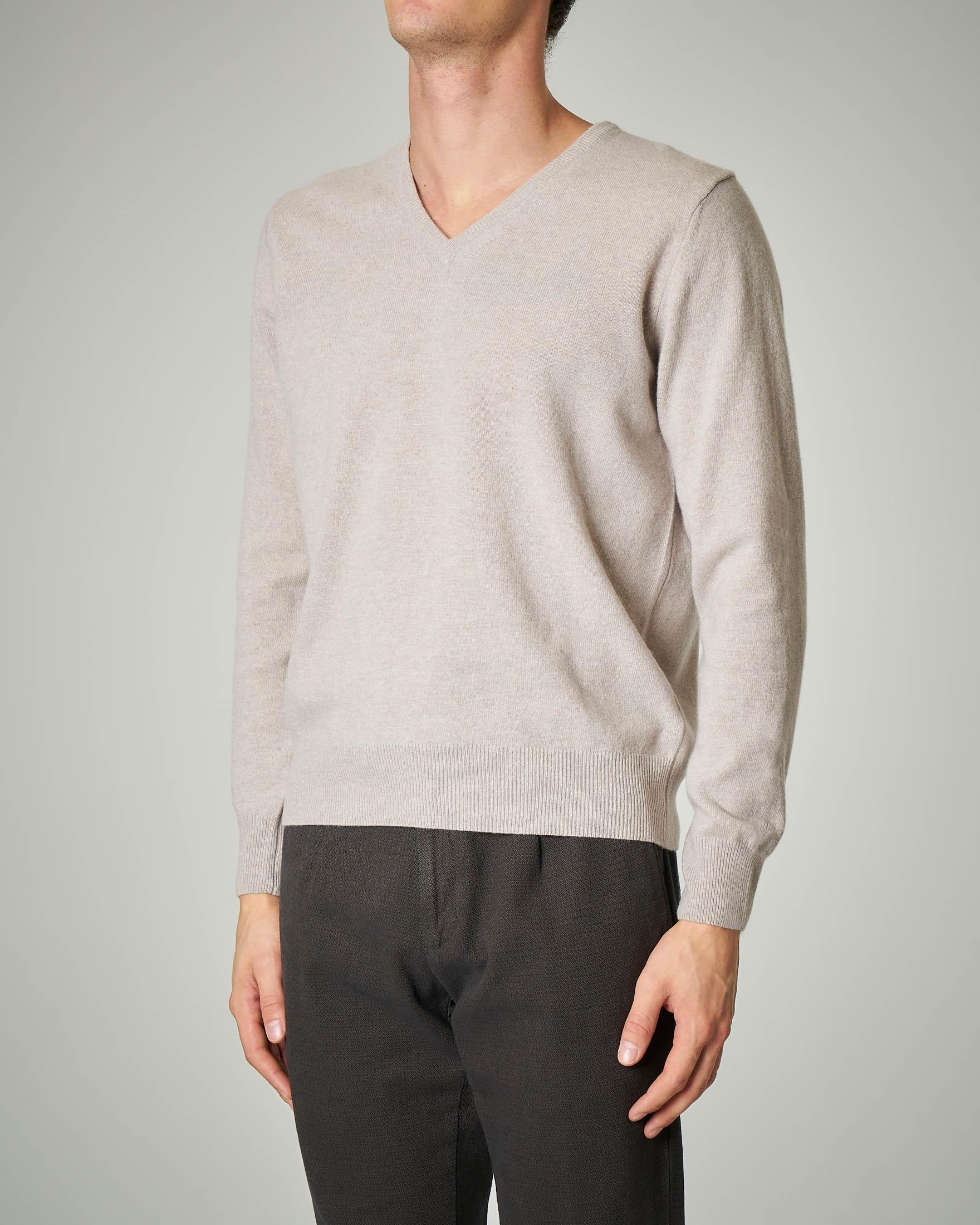 Maglia beige scollo a V in lana e cachemire