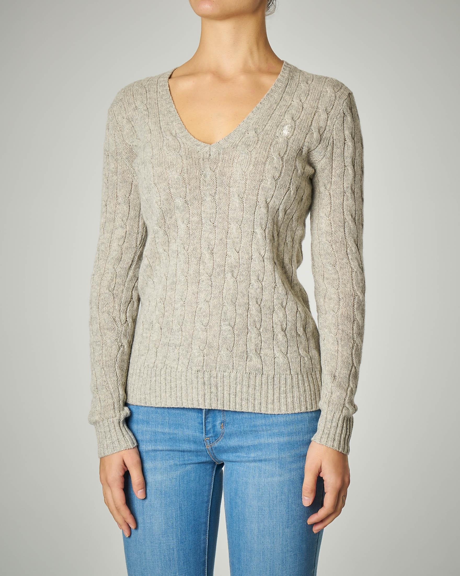 Maglia a trecce in lana e cashmere scollo a V color grigio perla