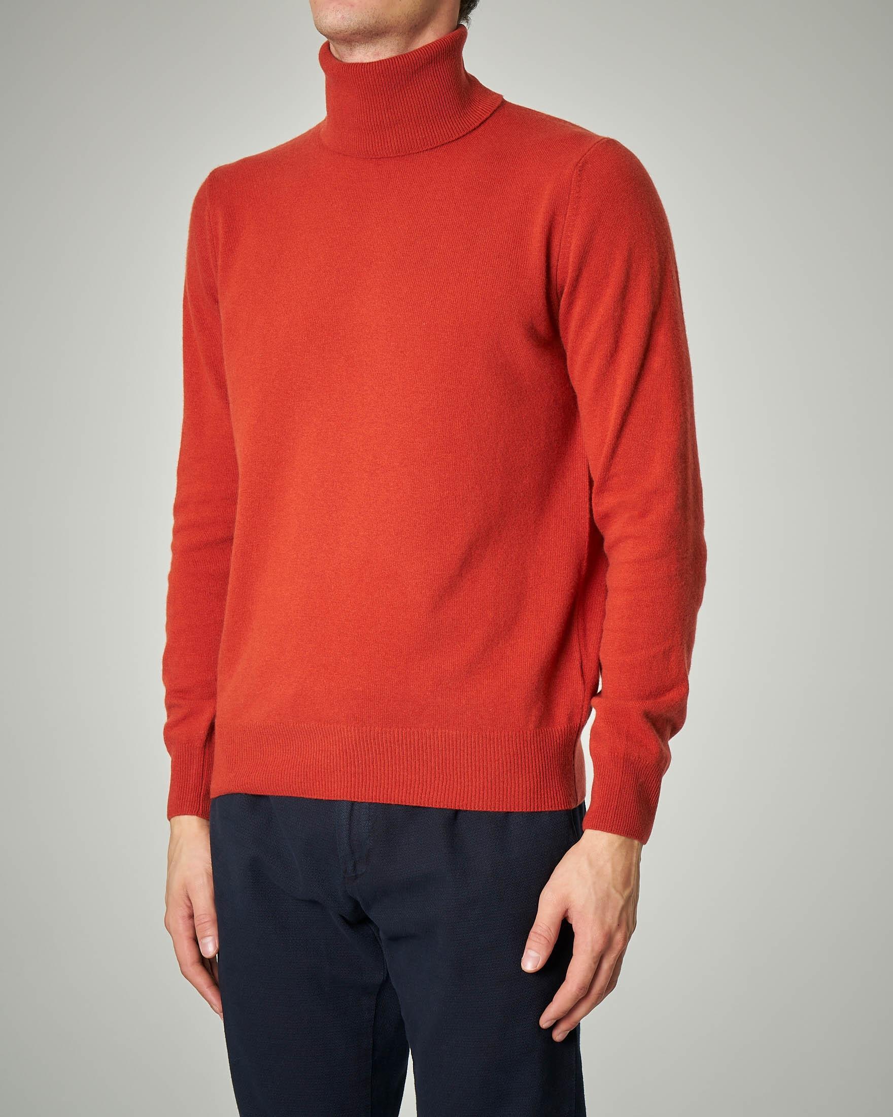 Dolcevita arancione in lana e cachemire