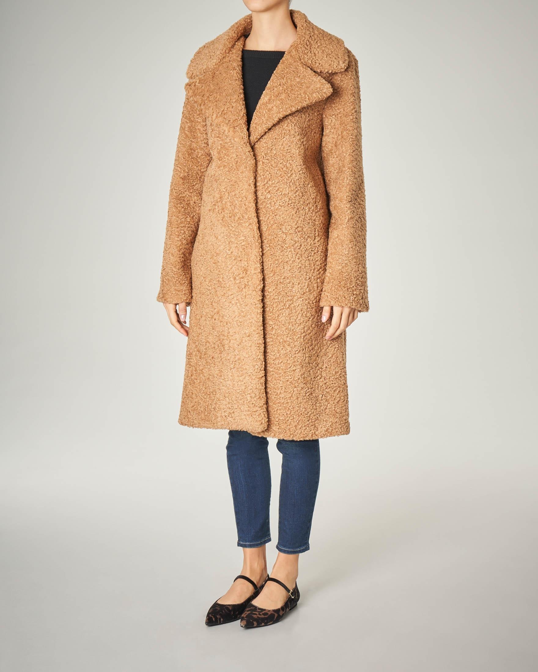 Cappotto cammello over effetto orsetto