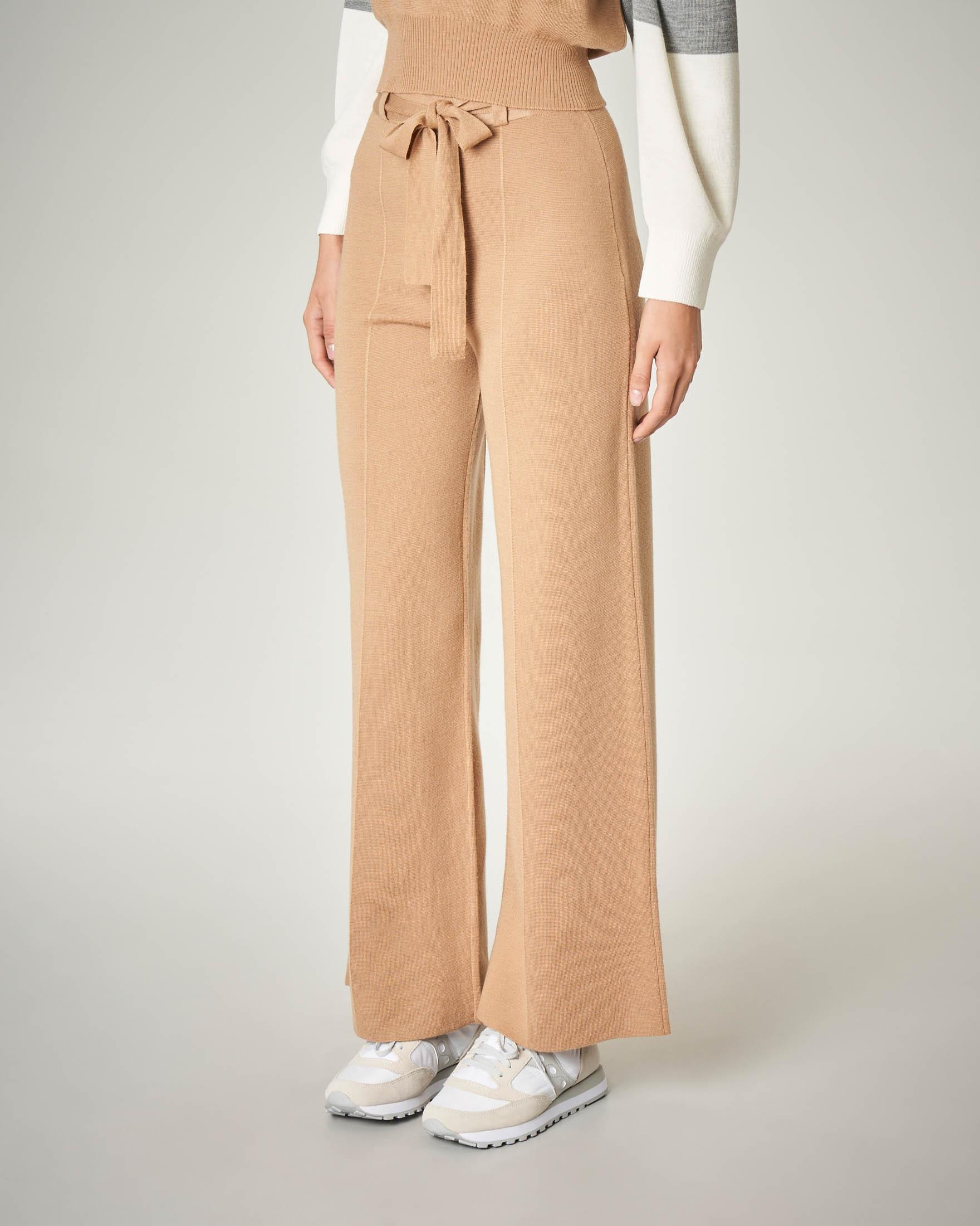 Pantalone palazzo cammello in misto lana