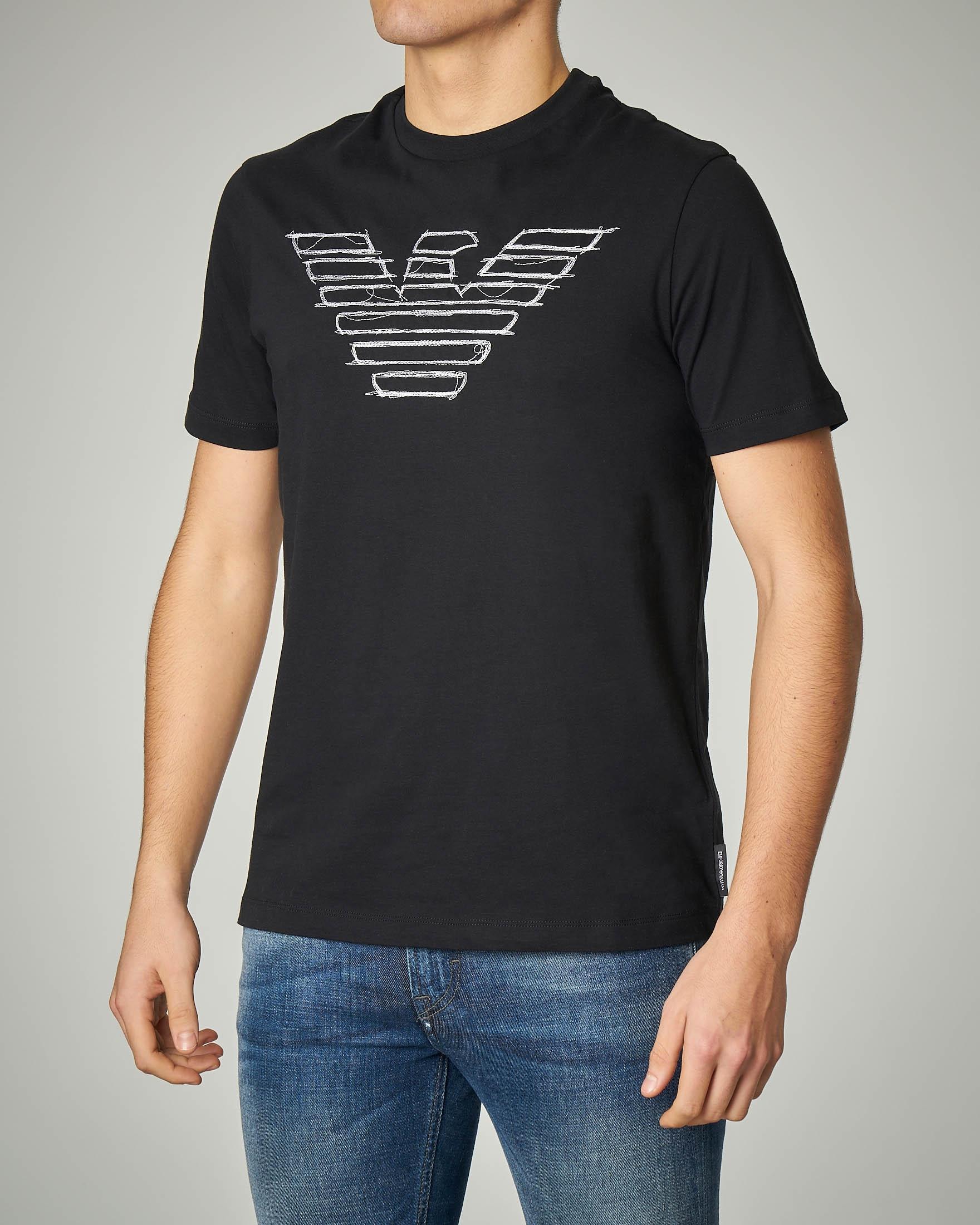T-shirt nera in jersey logo ricamato