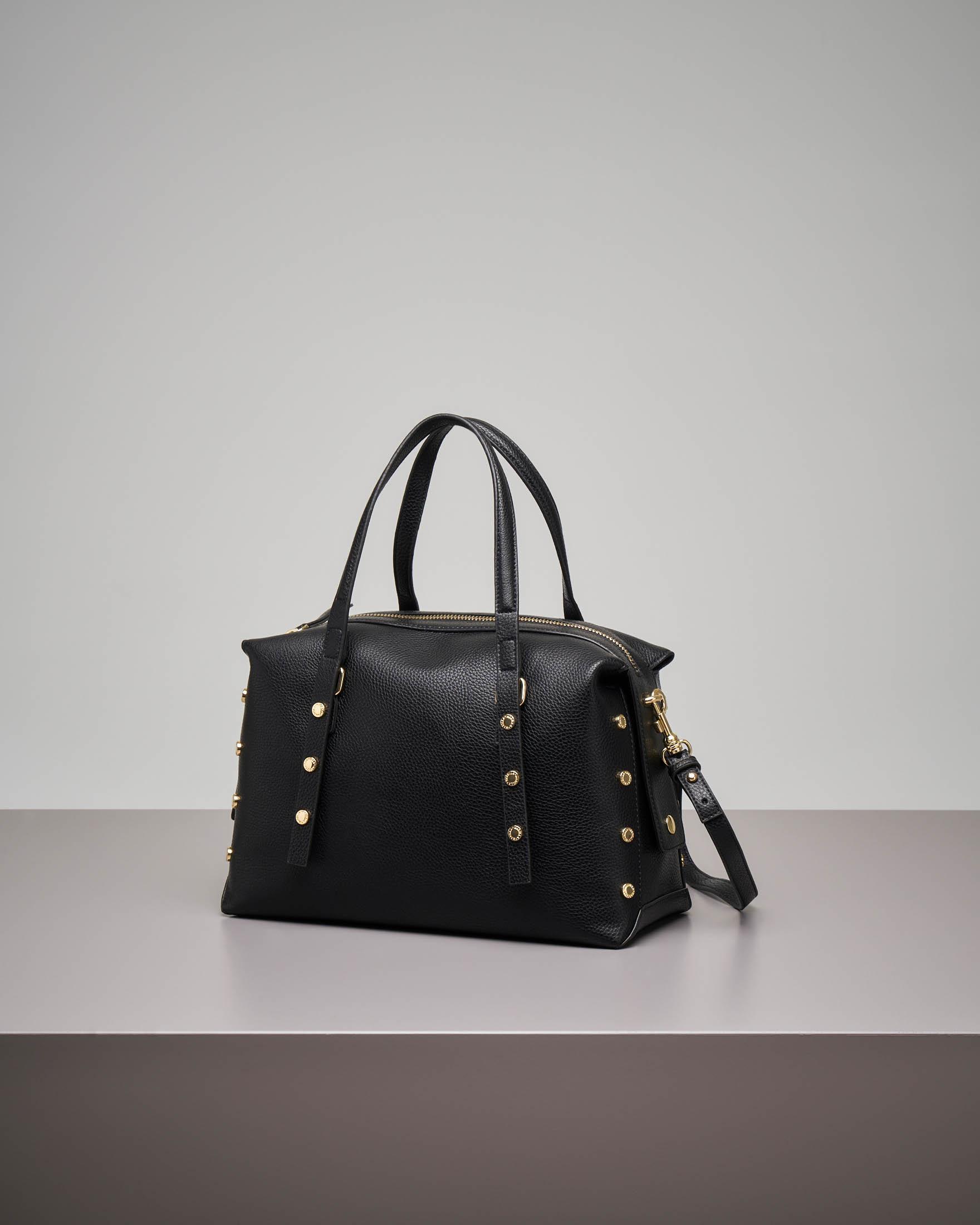 Bowling bag nera con borchie applicate