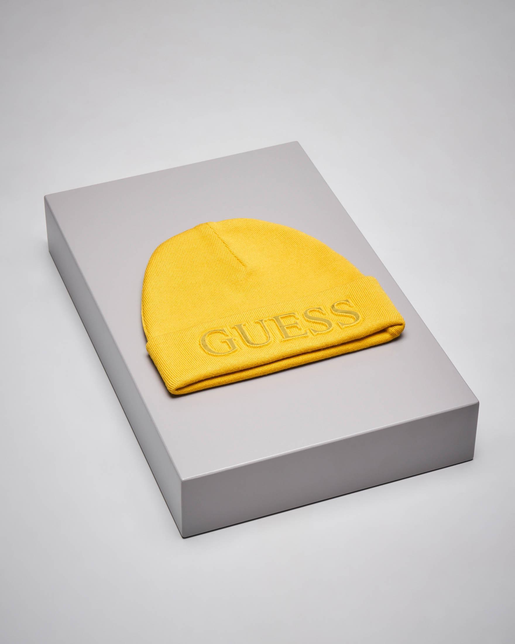 Berretto giallo in maglia con logo