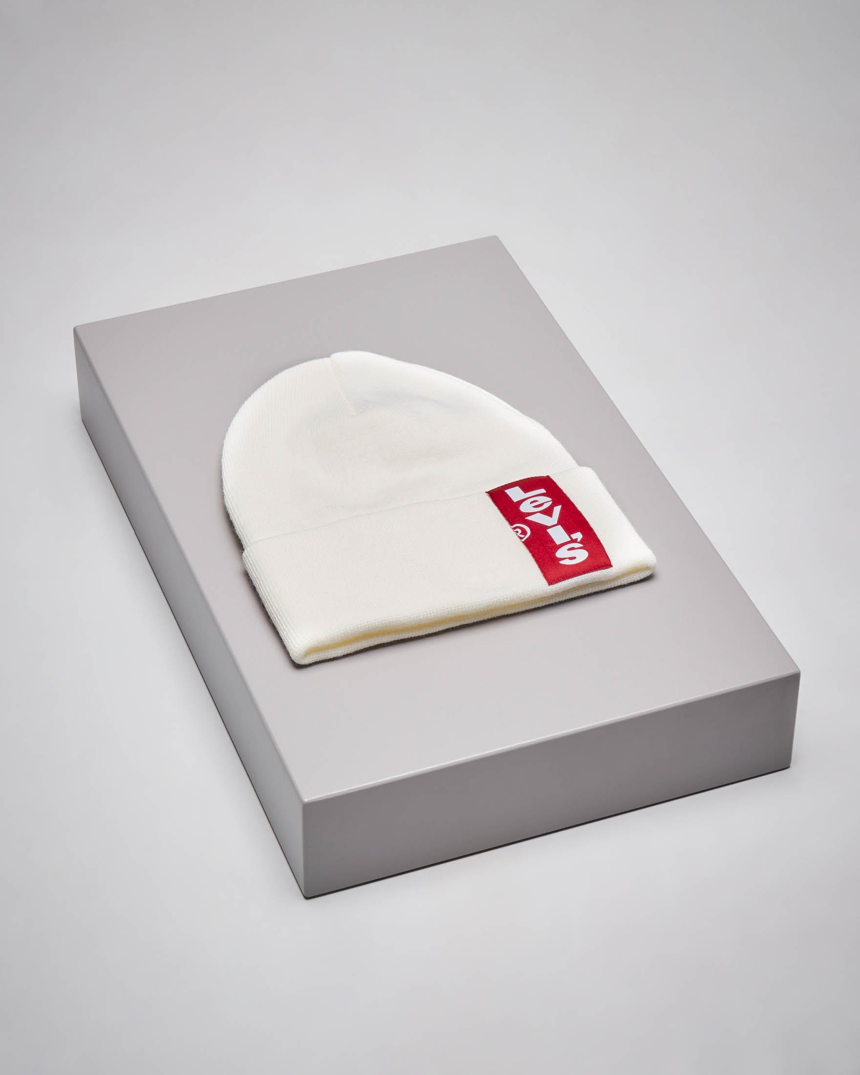 Berretto bianco in maglia con patch logo