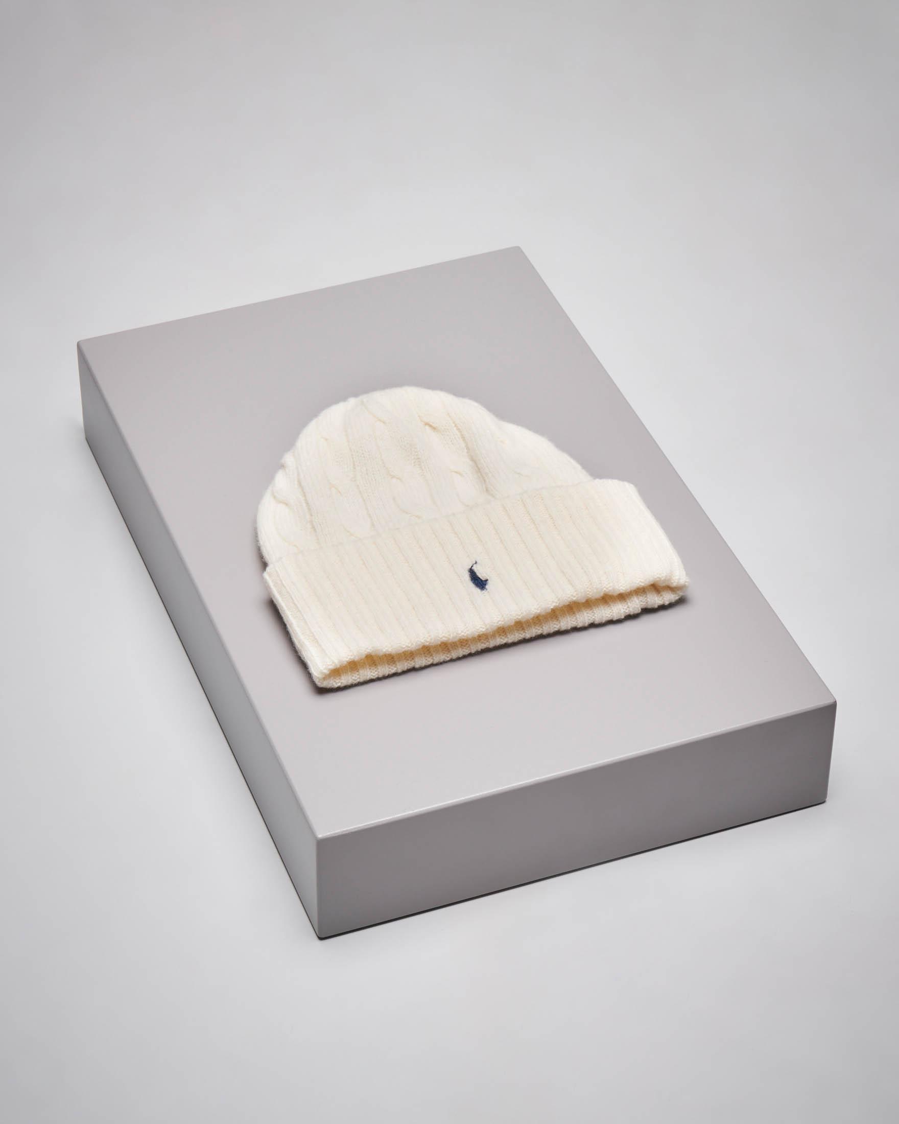 Berretto avorio in lana misto cashmere