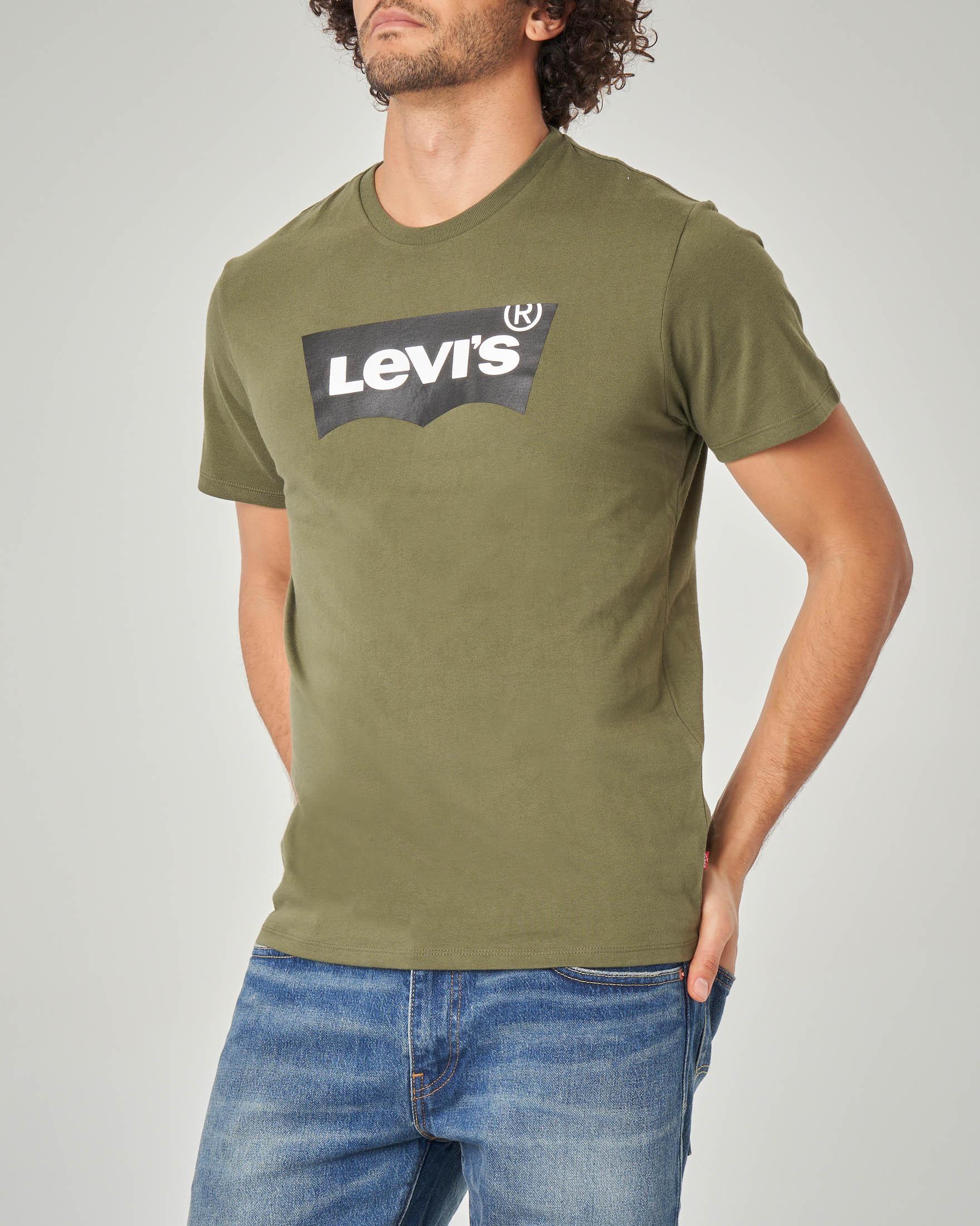 T-shirt verde militare con logo batwing gommato