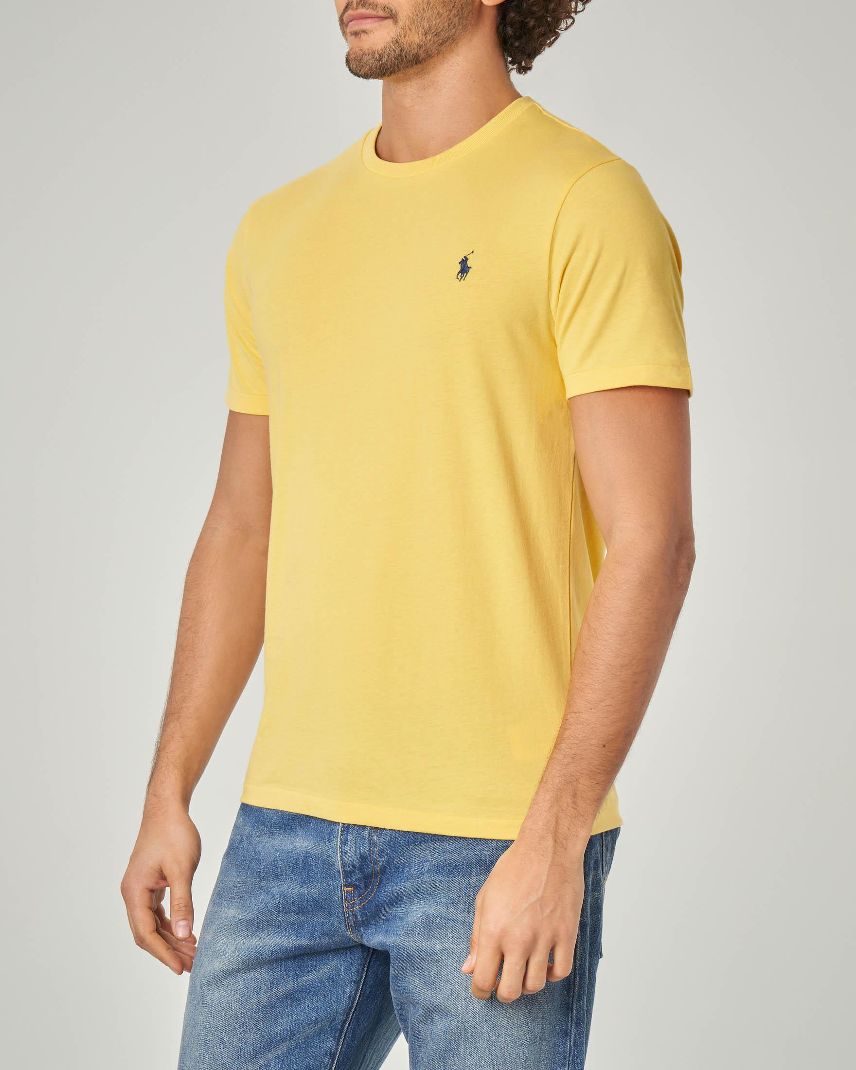 T-shirt gialla con logo blu