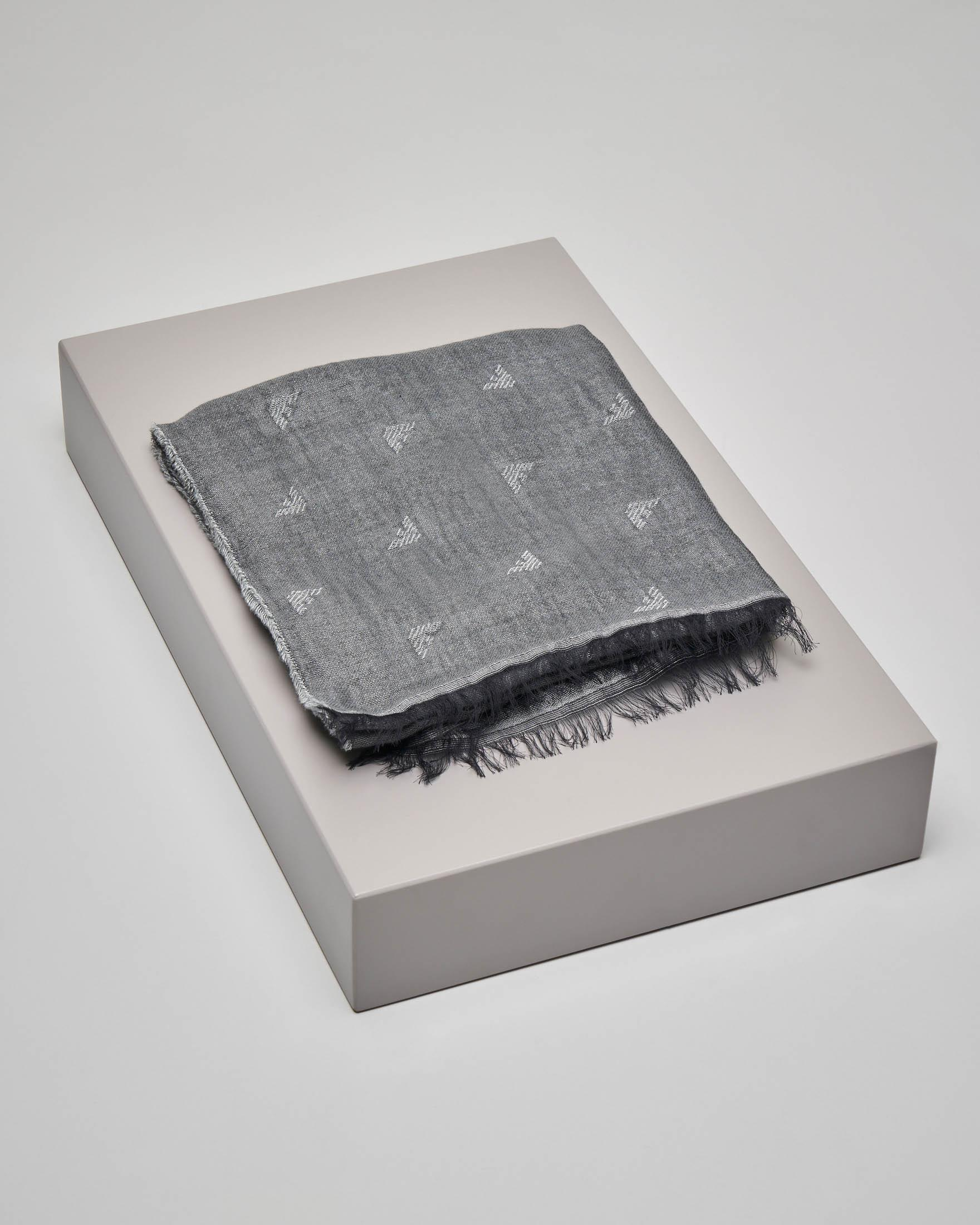 Sciarpa grigia in cotone e modal