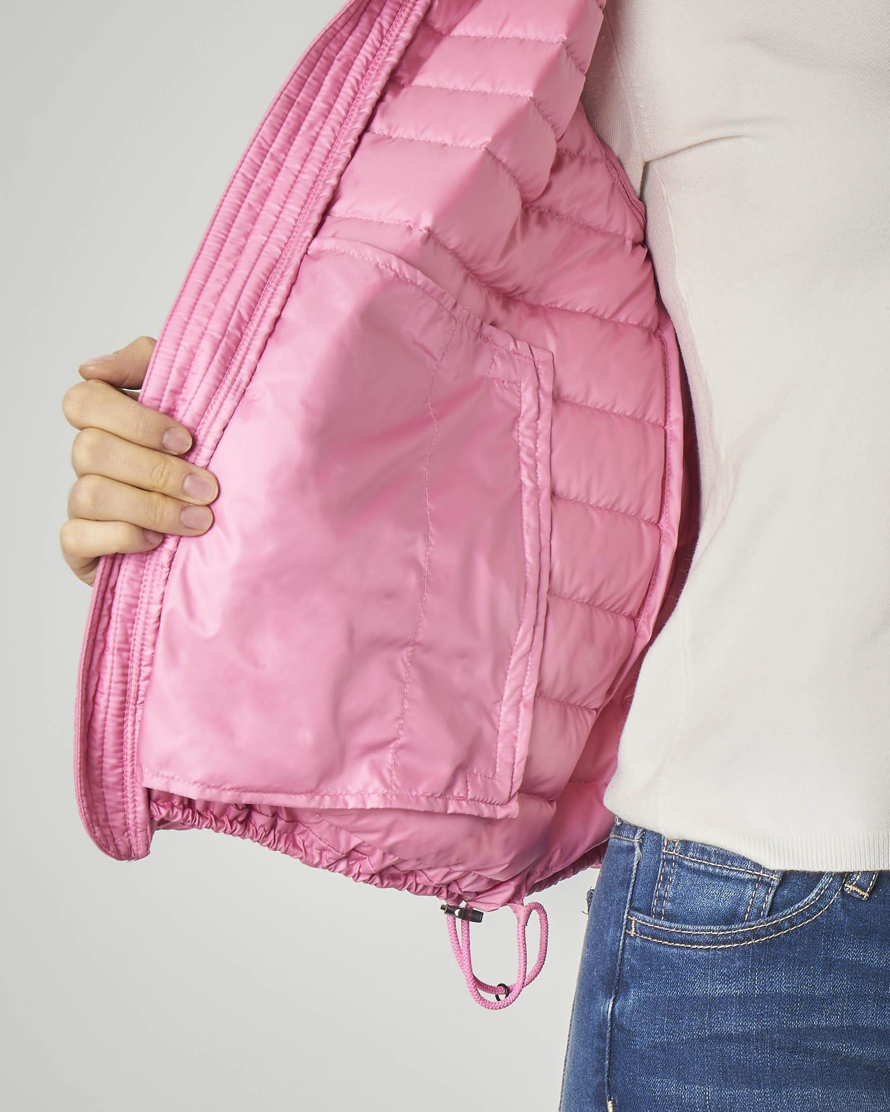 Giacca rosa imbottita con coulisse sul fondo per linea a palloncino