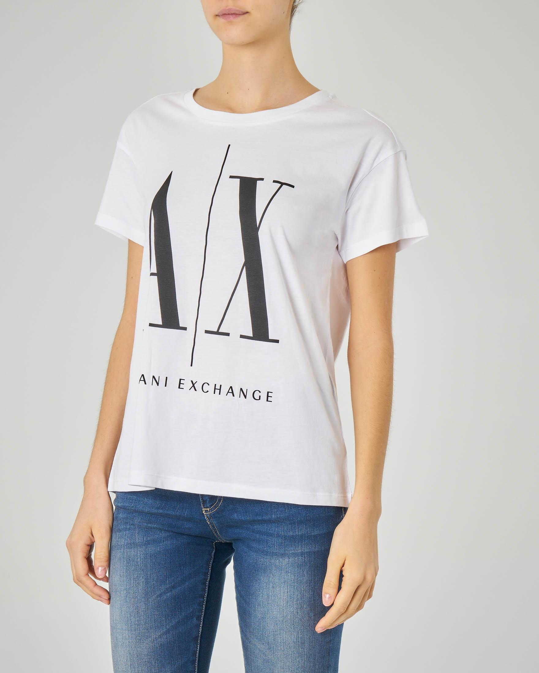T-shirt bianca over con logo stampato a contrasto