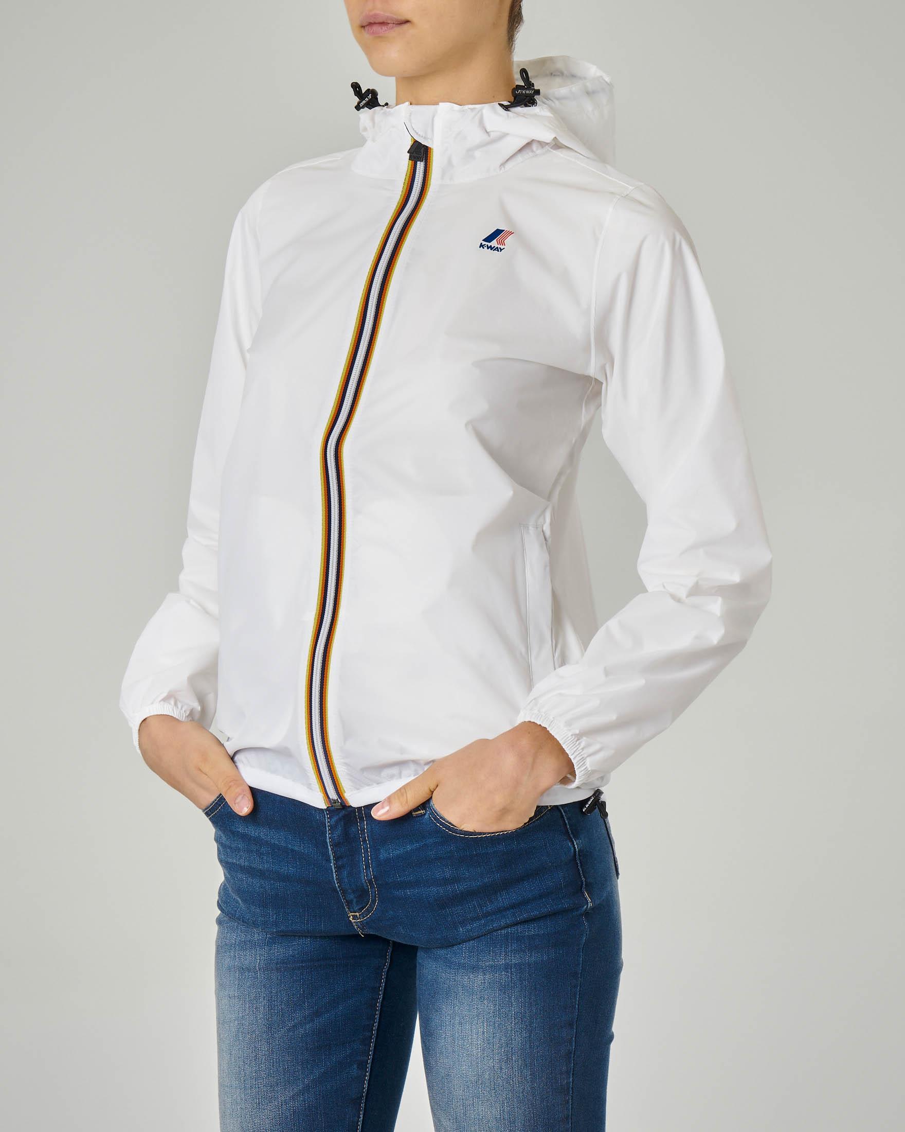 Giubbino impermeabile bianco vestibilità regular con cappuccio