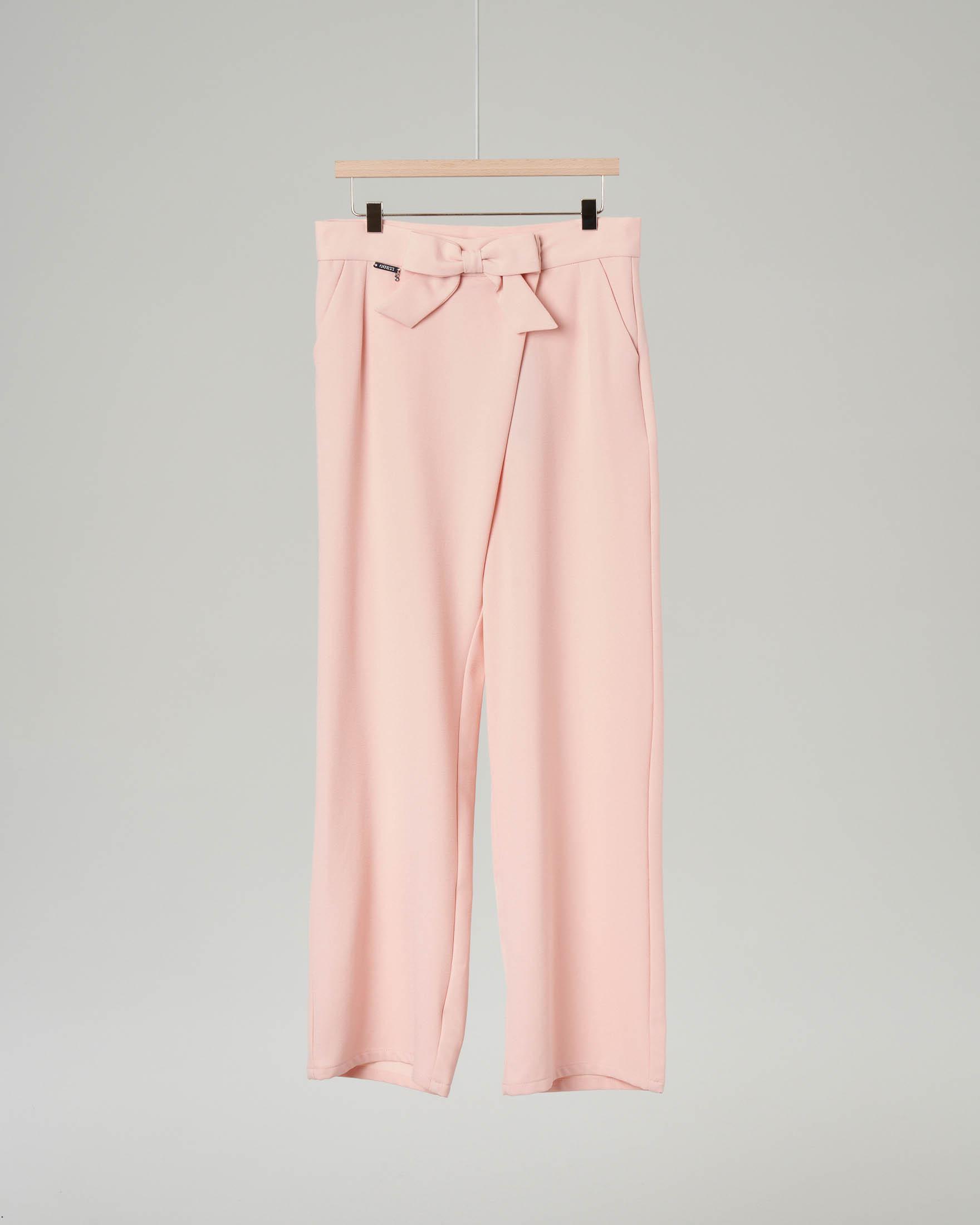 Pantaloni rosa con fiocco in vita