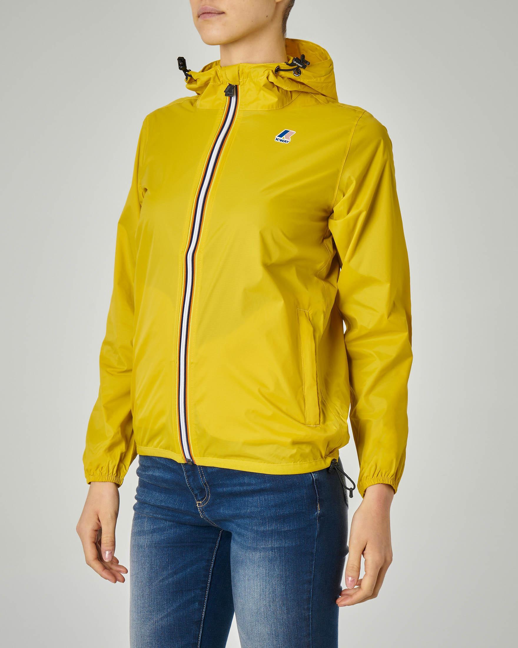 Giubbino impermeabile giallo vestibilità regular con cappuccio