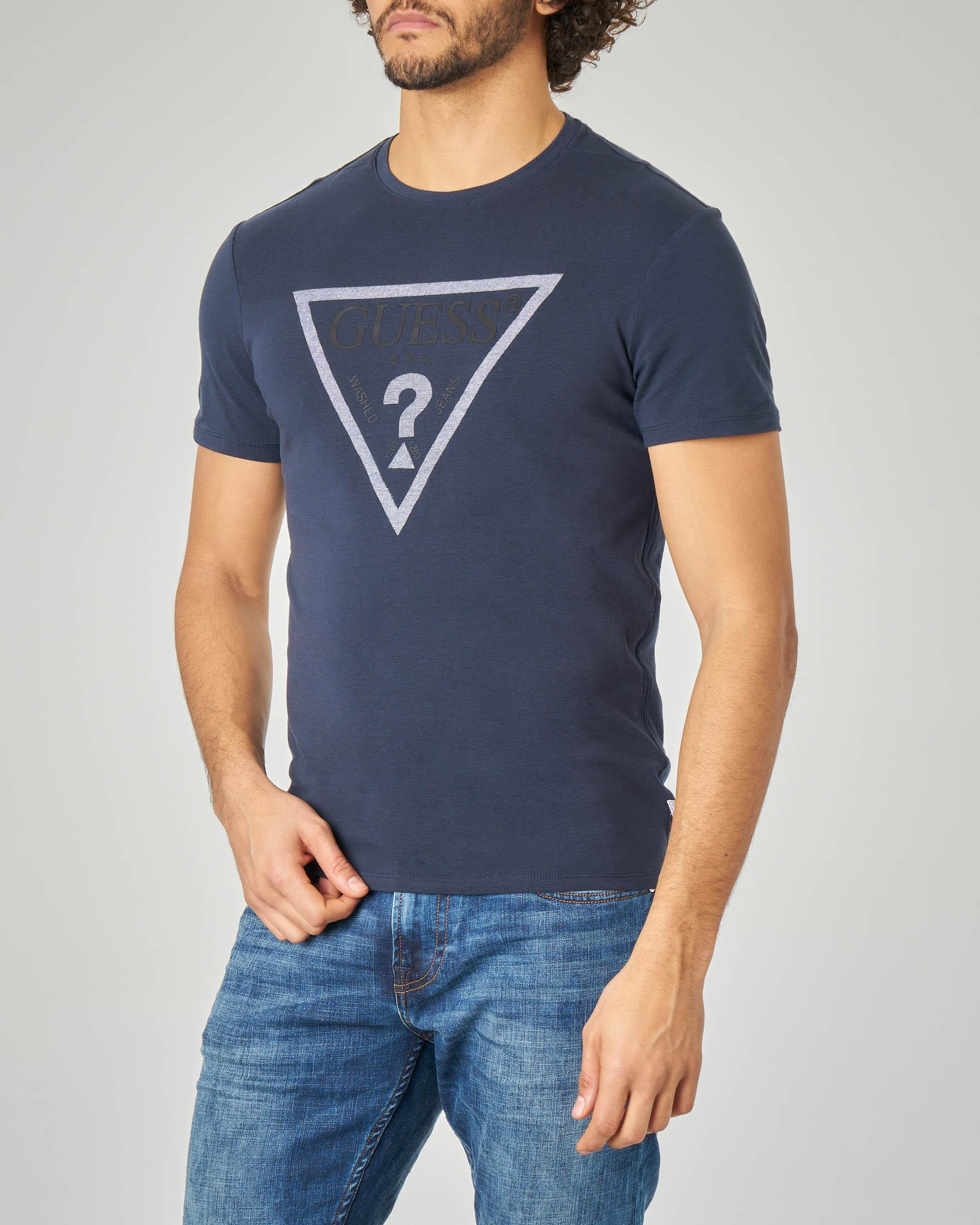 T-shirt blu stretch con logo triangolo