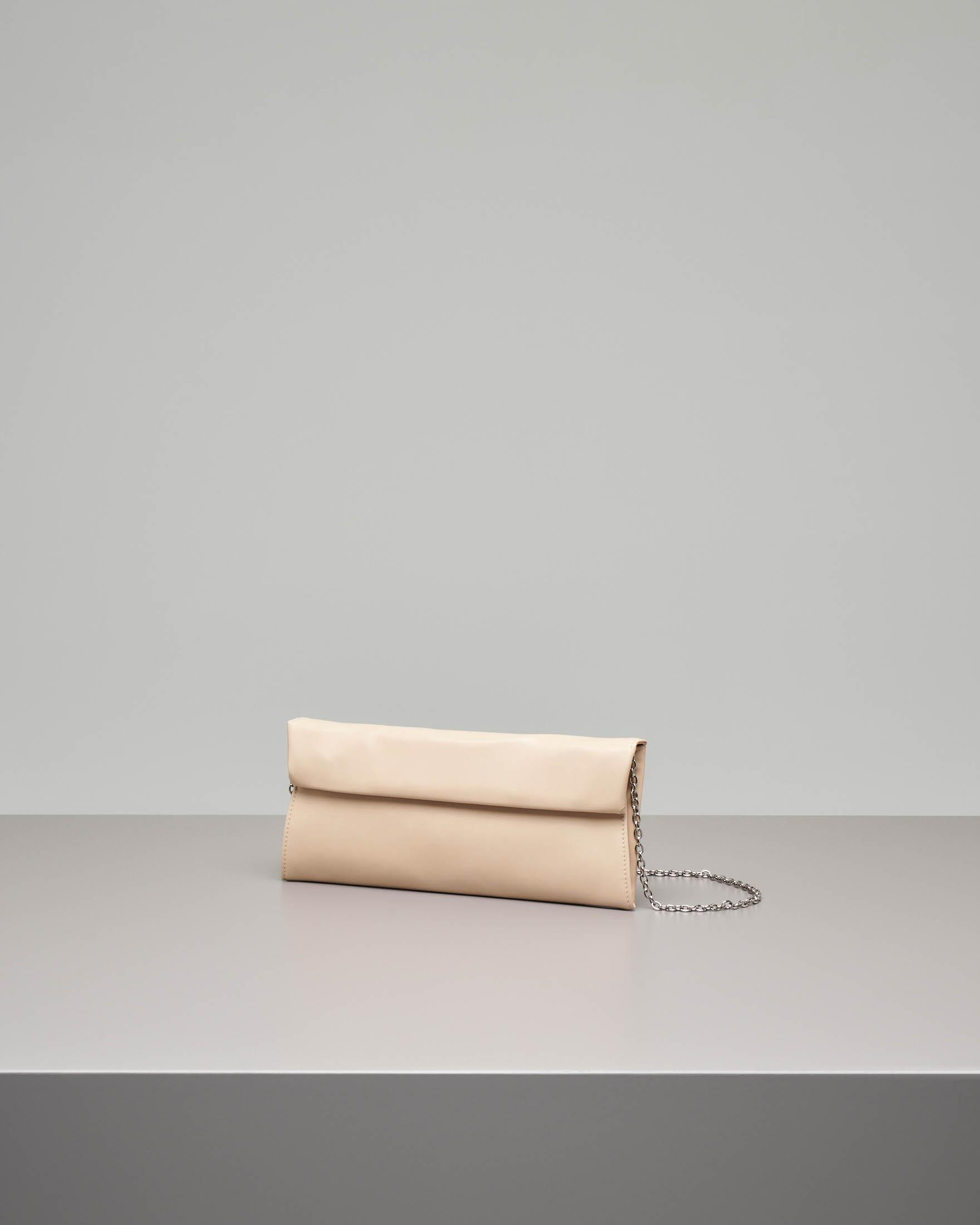 Pochette a busta in ecopelle effetto liscio color beige