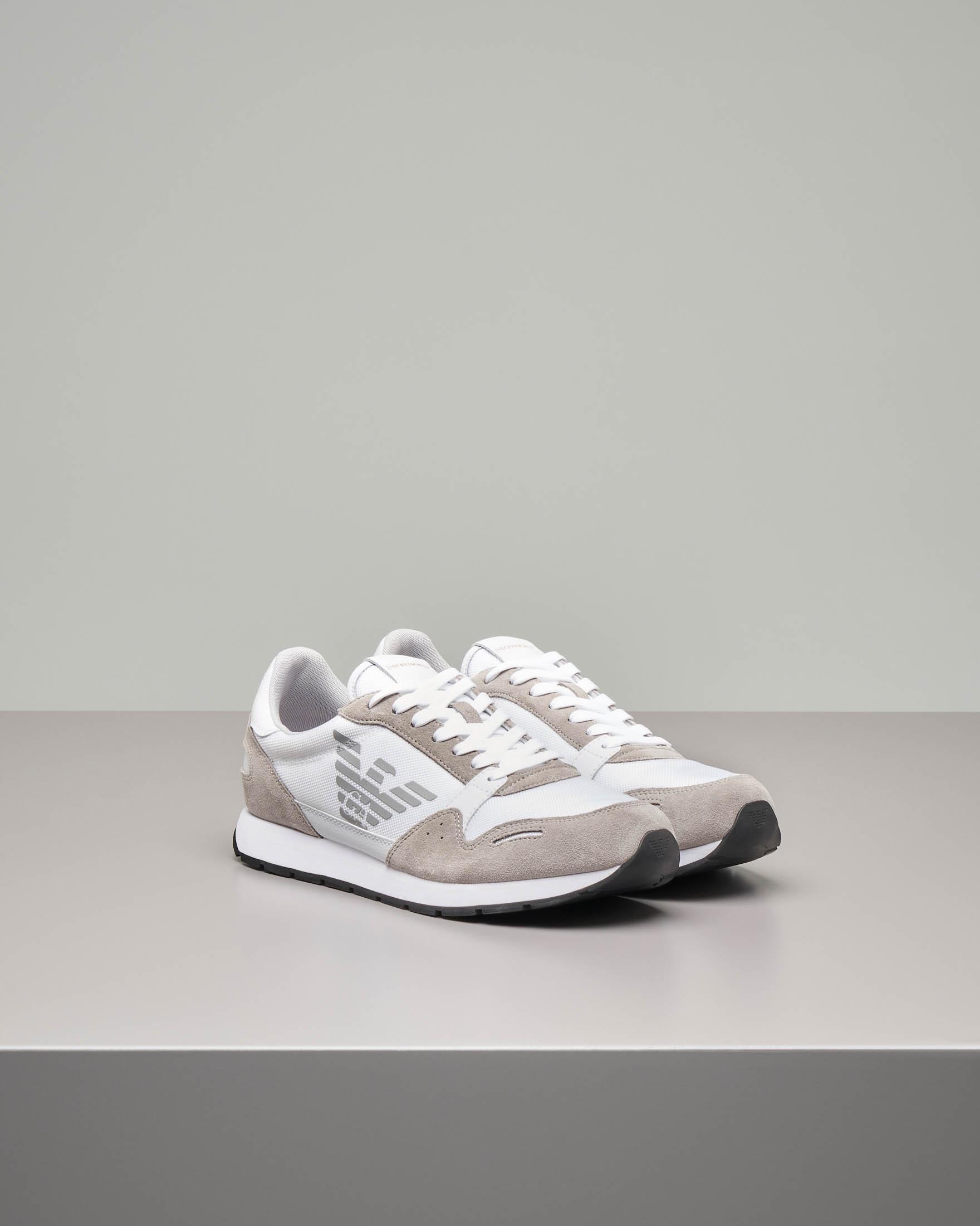 Sneakers bianche e beige in pelle scamosciata