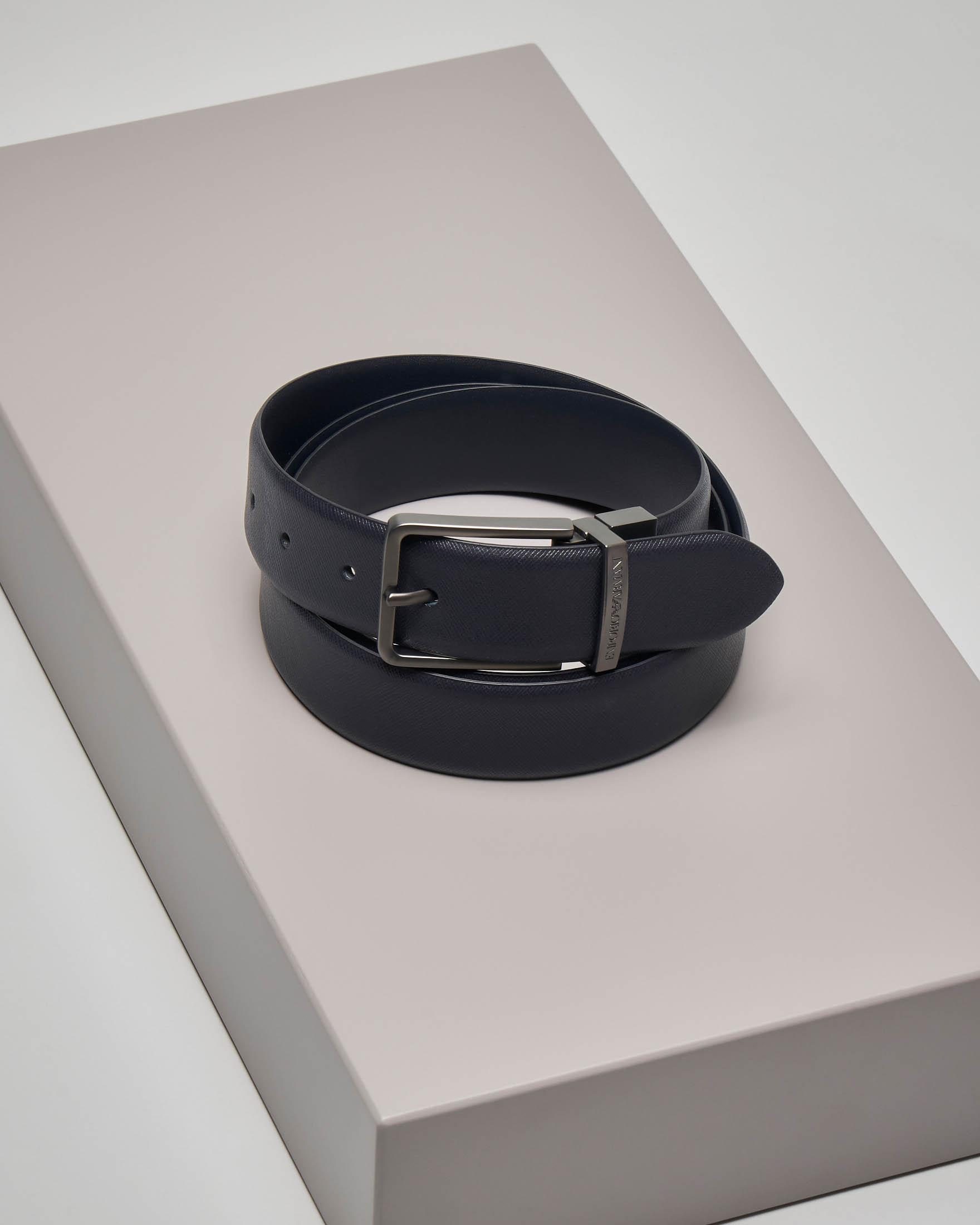 Cintura blu in pelle saffiano reversibile in pelle liscia