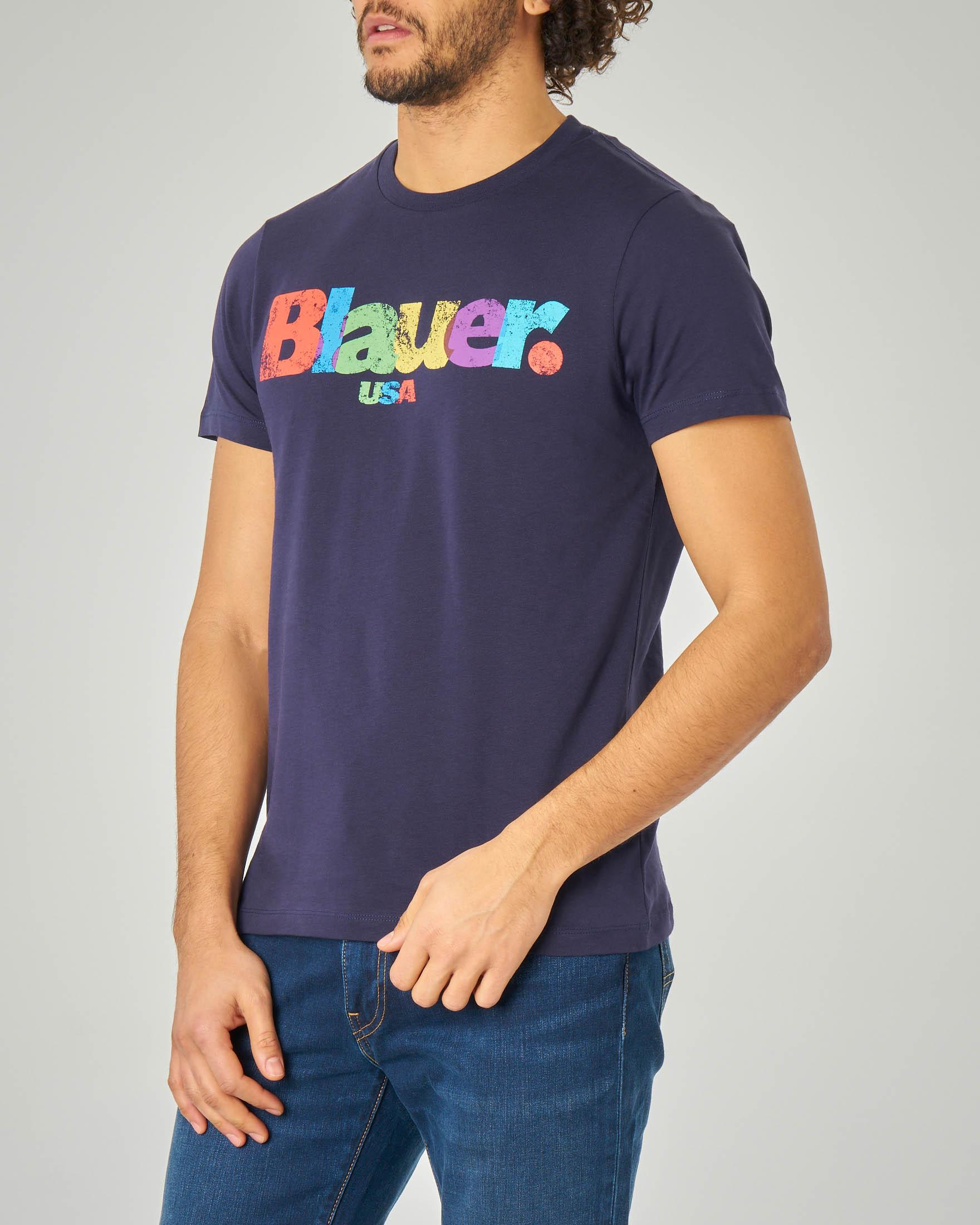 T-shirt blu con logo multicolor