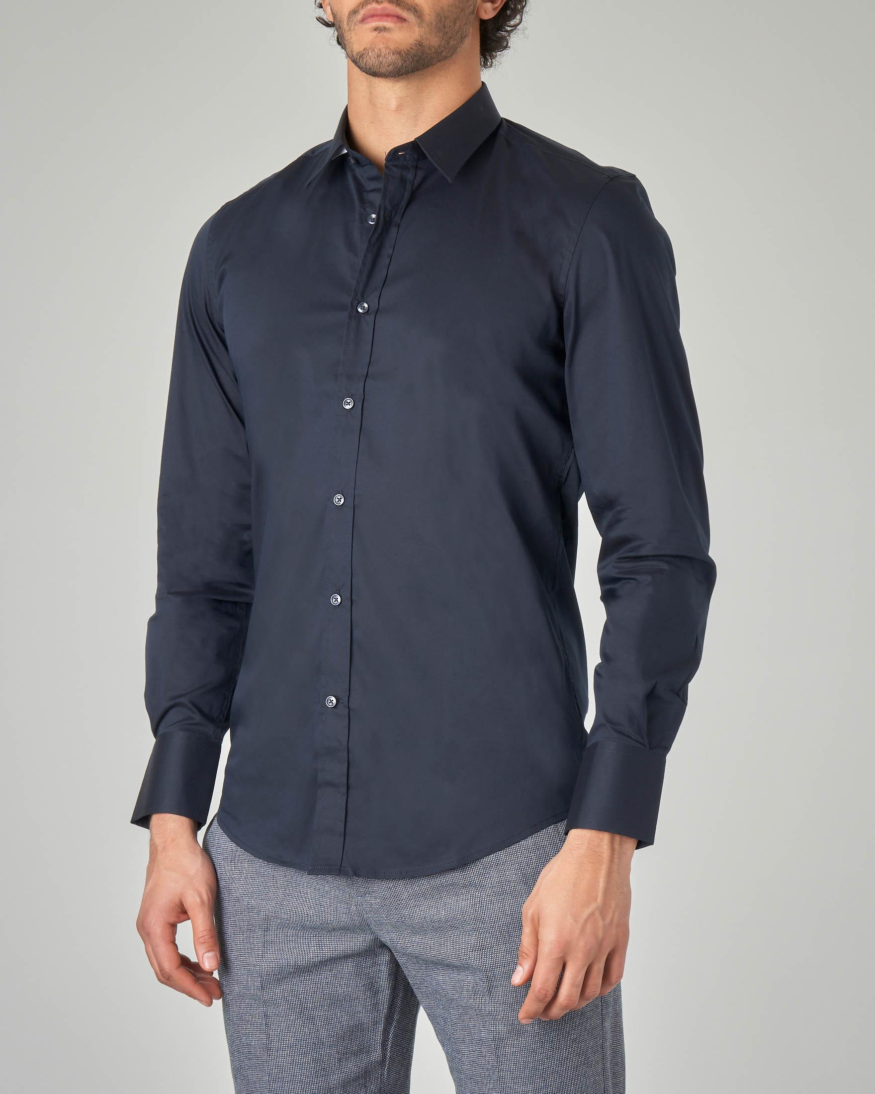 Camicia blu in popeline stretch